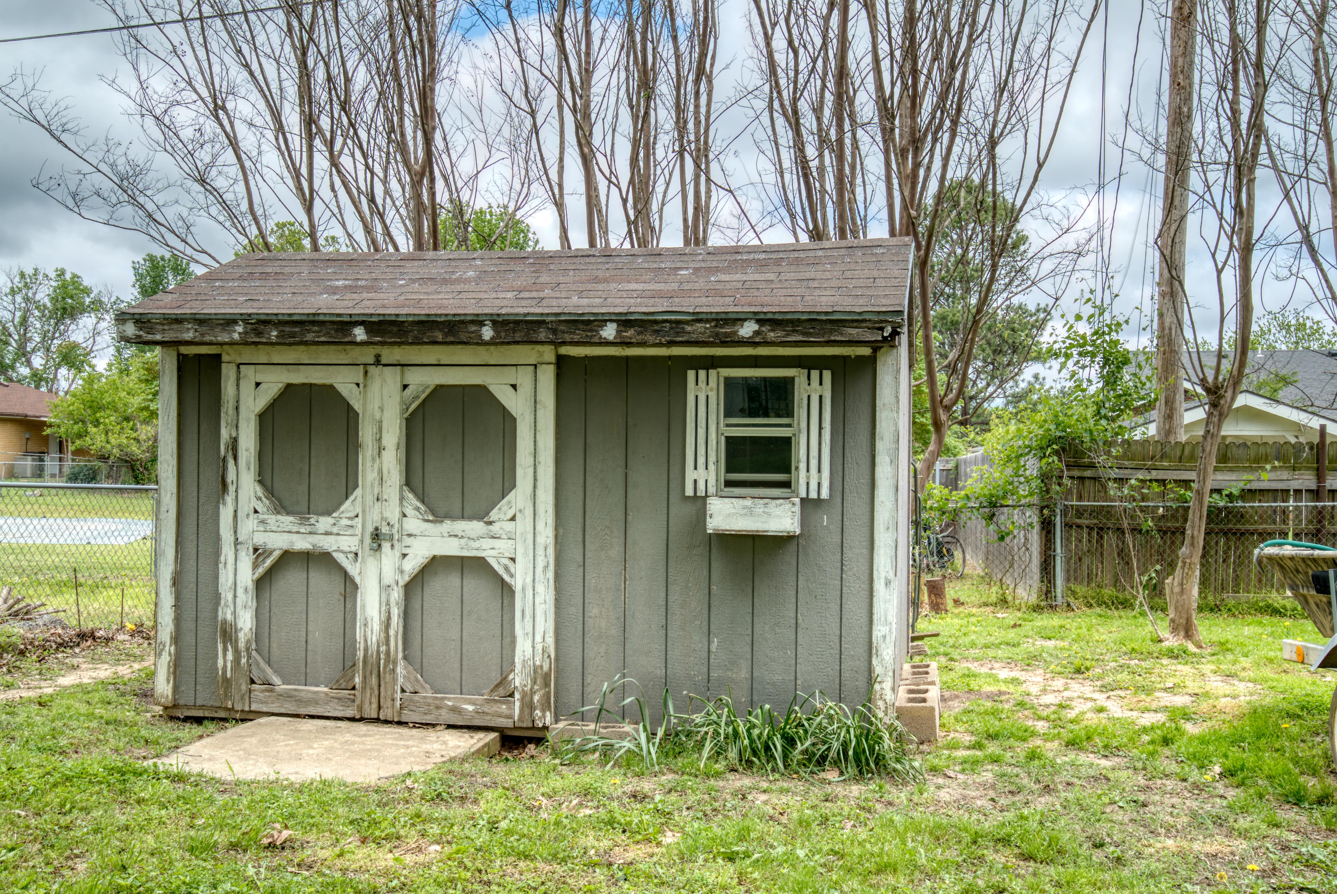 617 Post Oak Road Property Photo 22