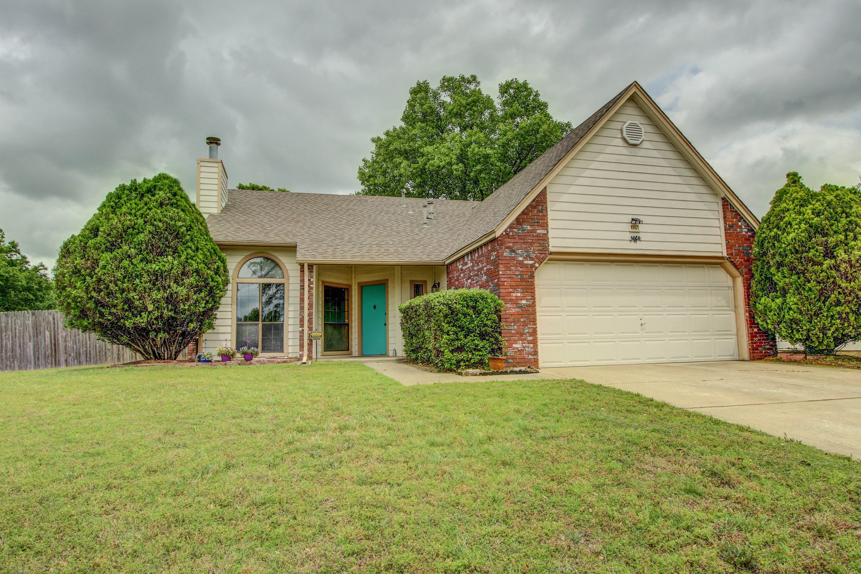9303 E 100th Street Property Photo 1