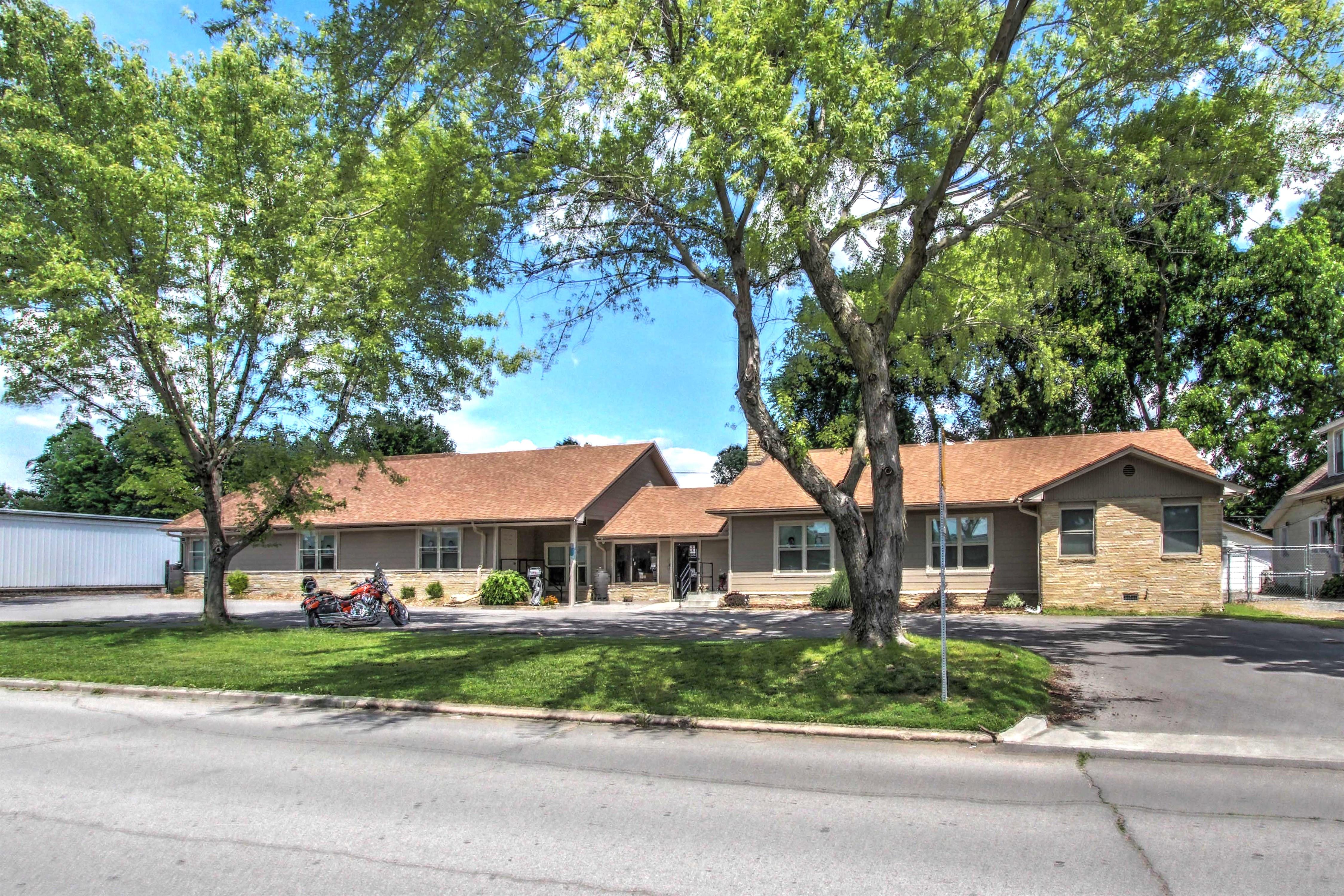 211 S Adair Street Property Photo
