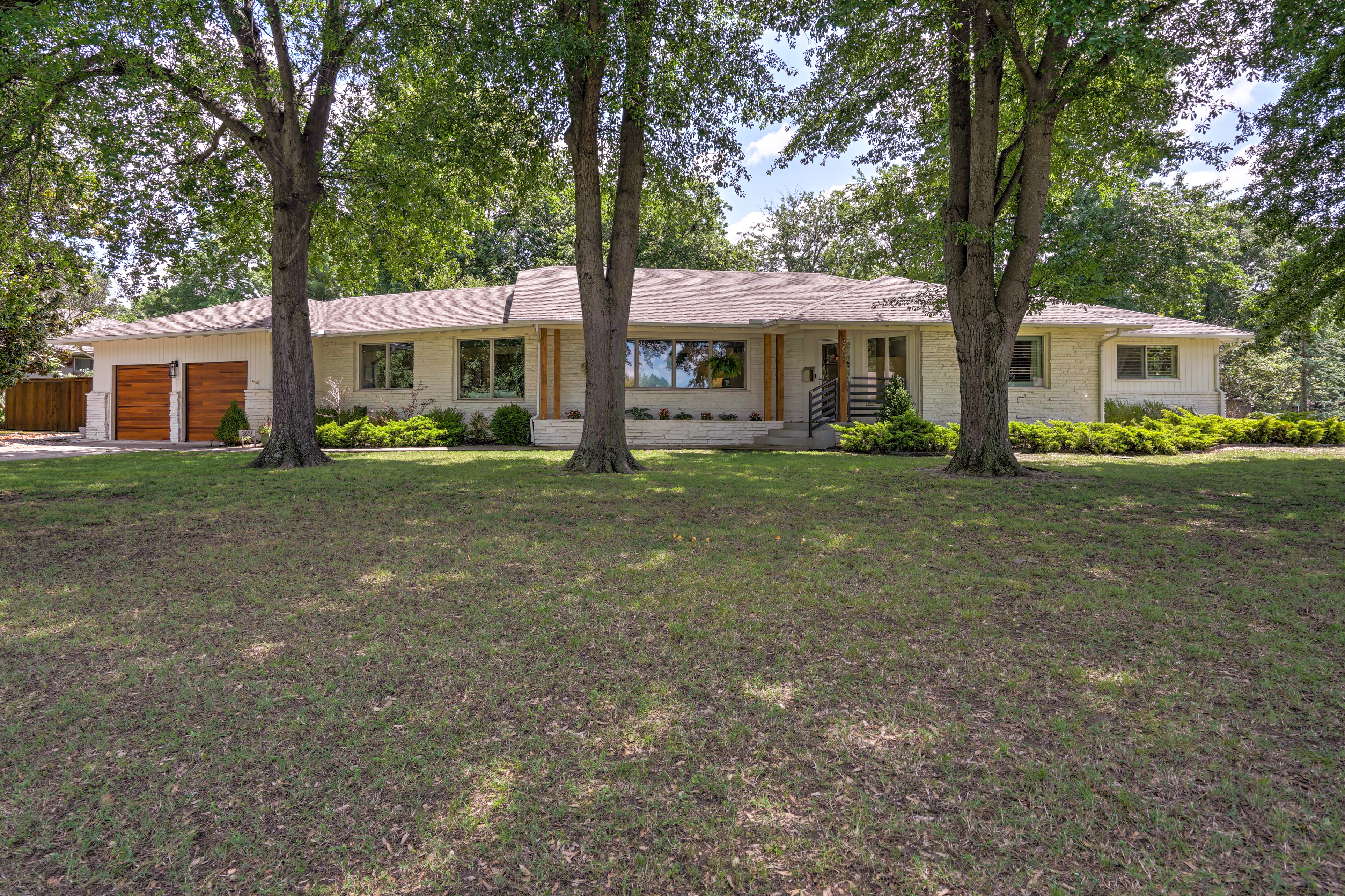 3651 S Gary Avenue Property Photo 1