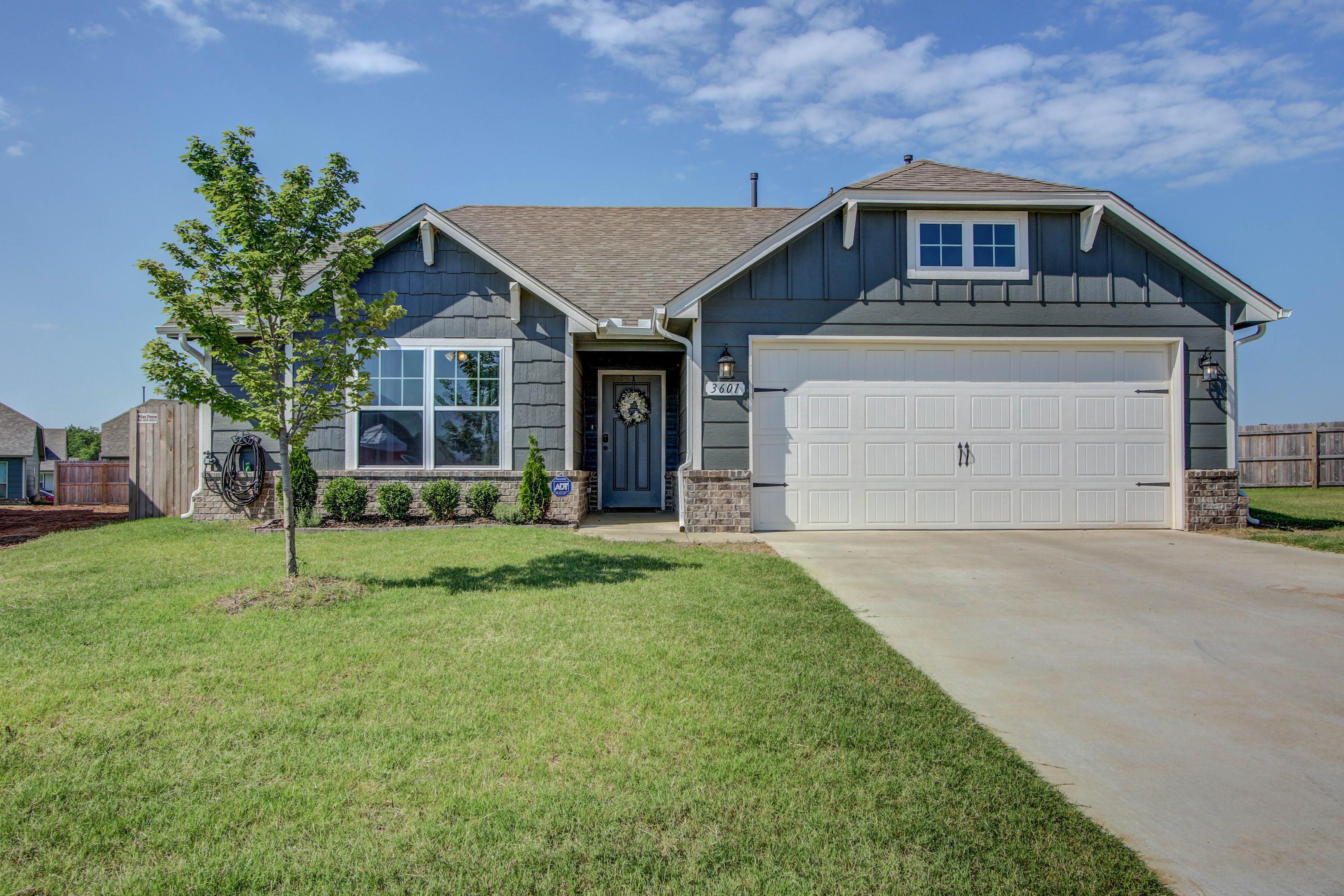 3601 E Rockport Place Property Photo 1