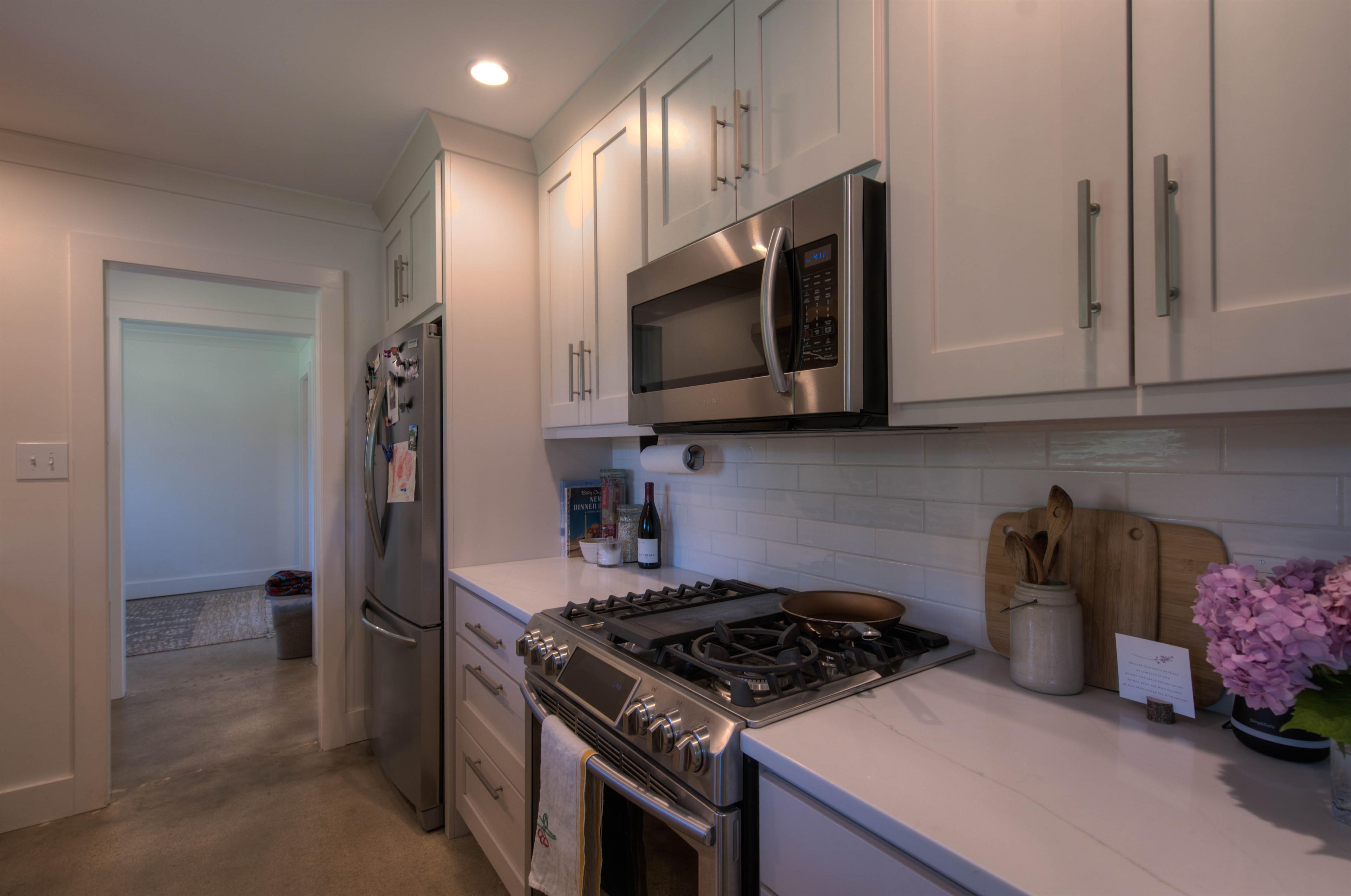 7302 S 33rd West Avenue Property Photo 9