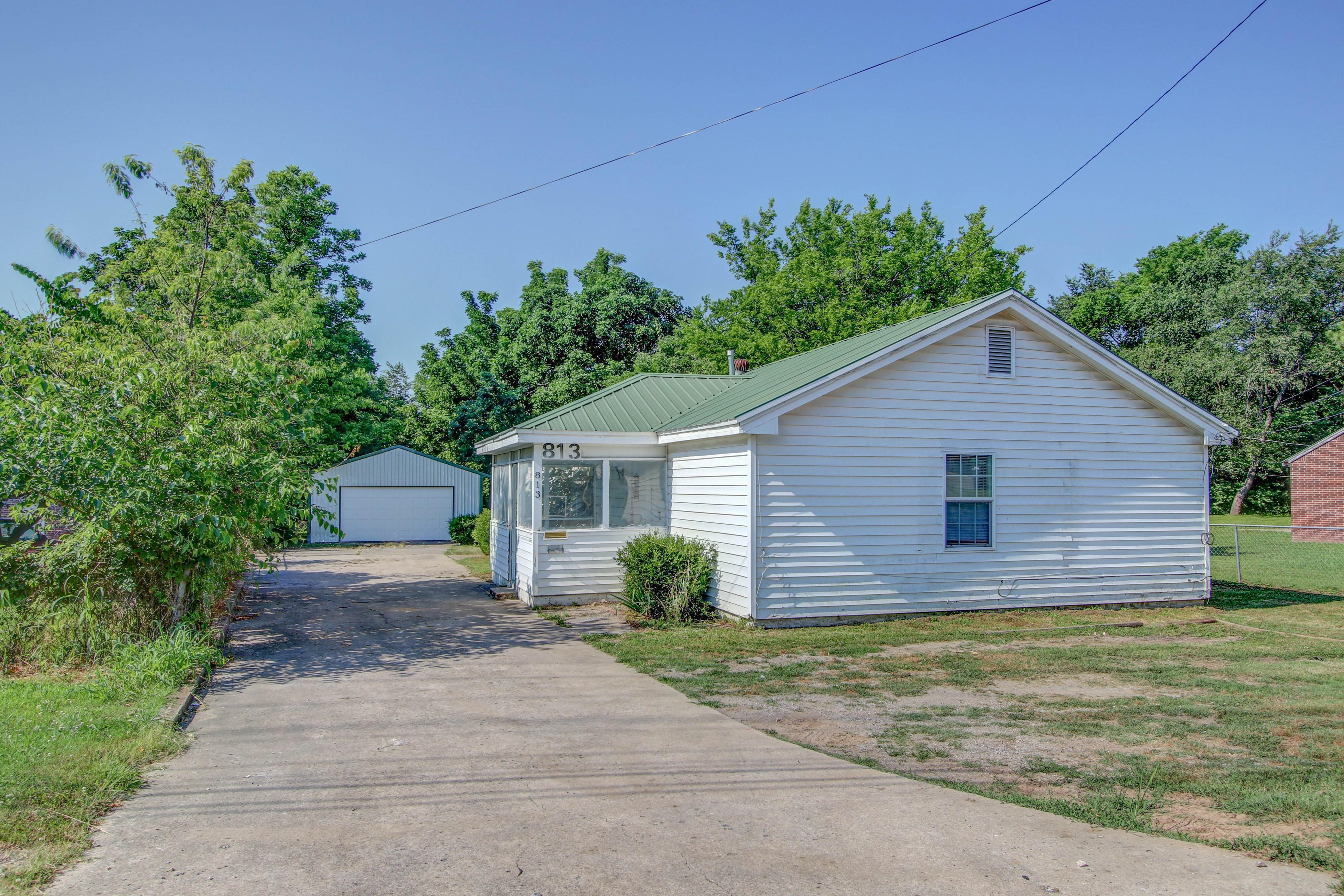 813 W Choctaw Street Property Photo 1