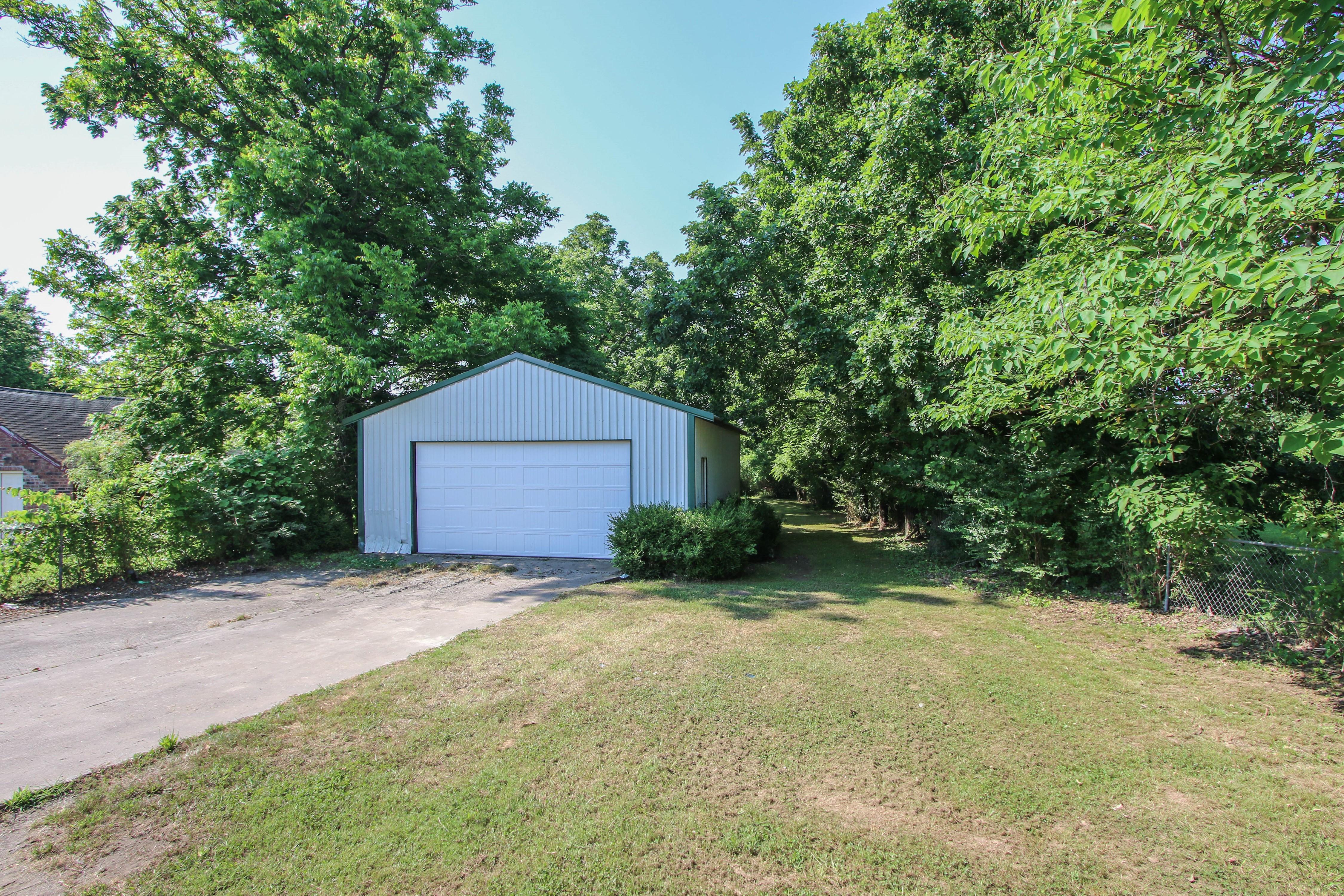 813 W Choctaw Street Property Photo 22