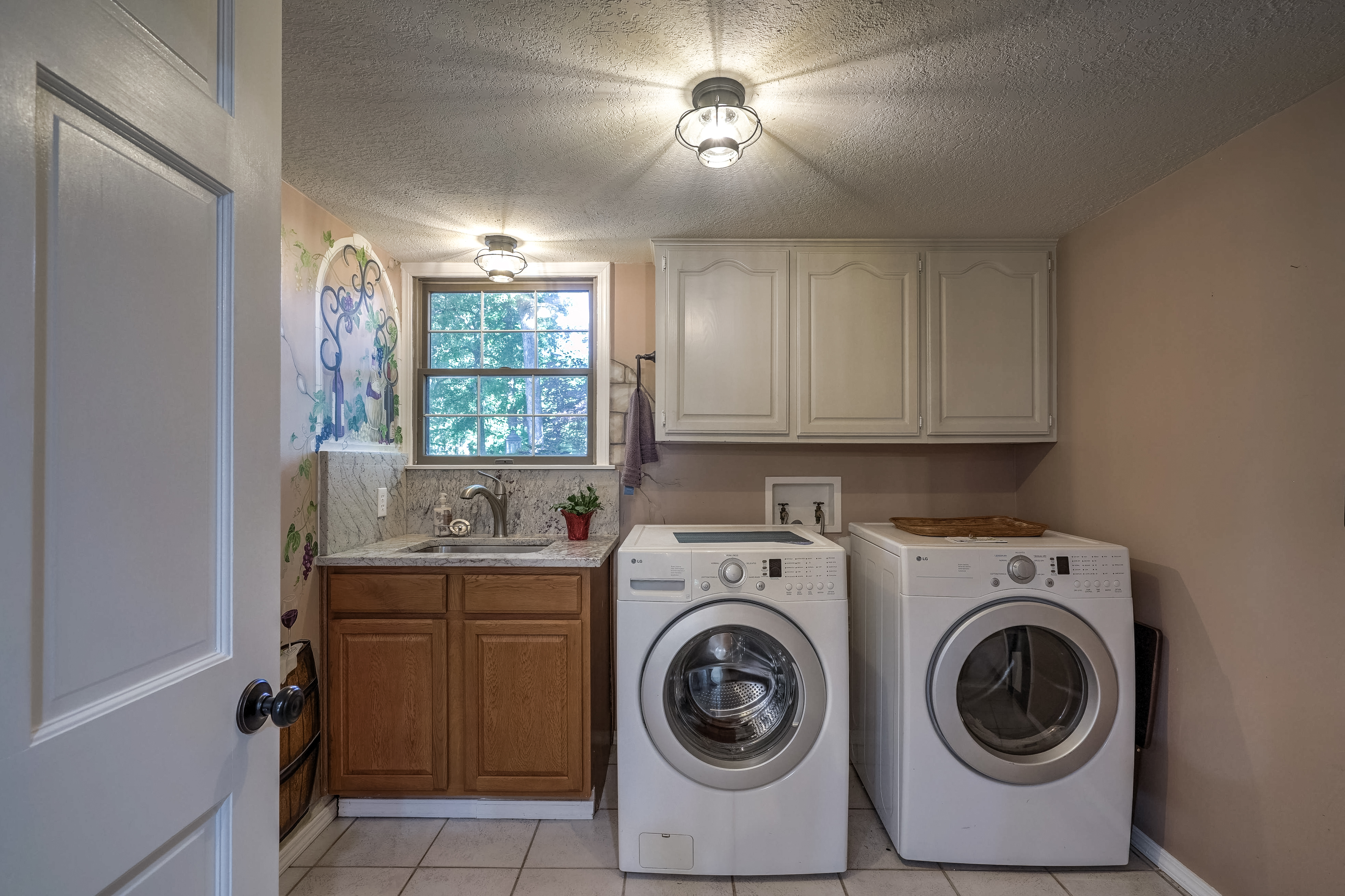 810 Hunters Point Property Photo 15