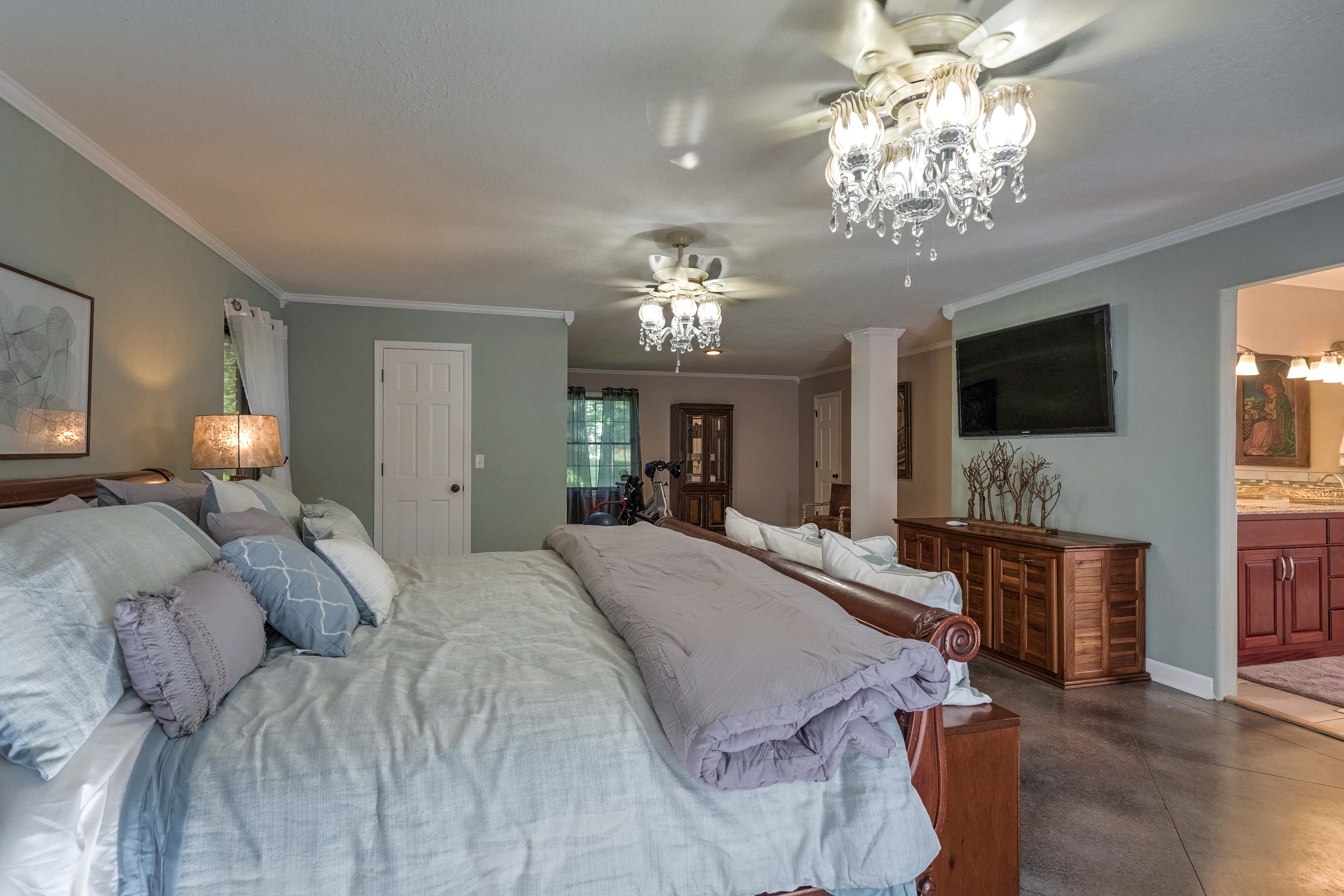 810 Hunters Point Property Photo 19