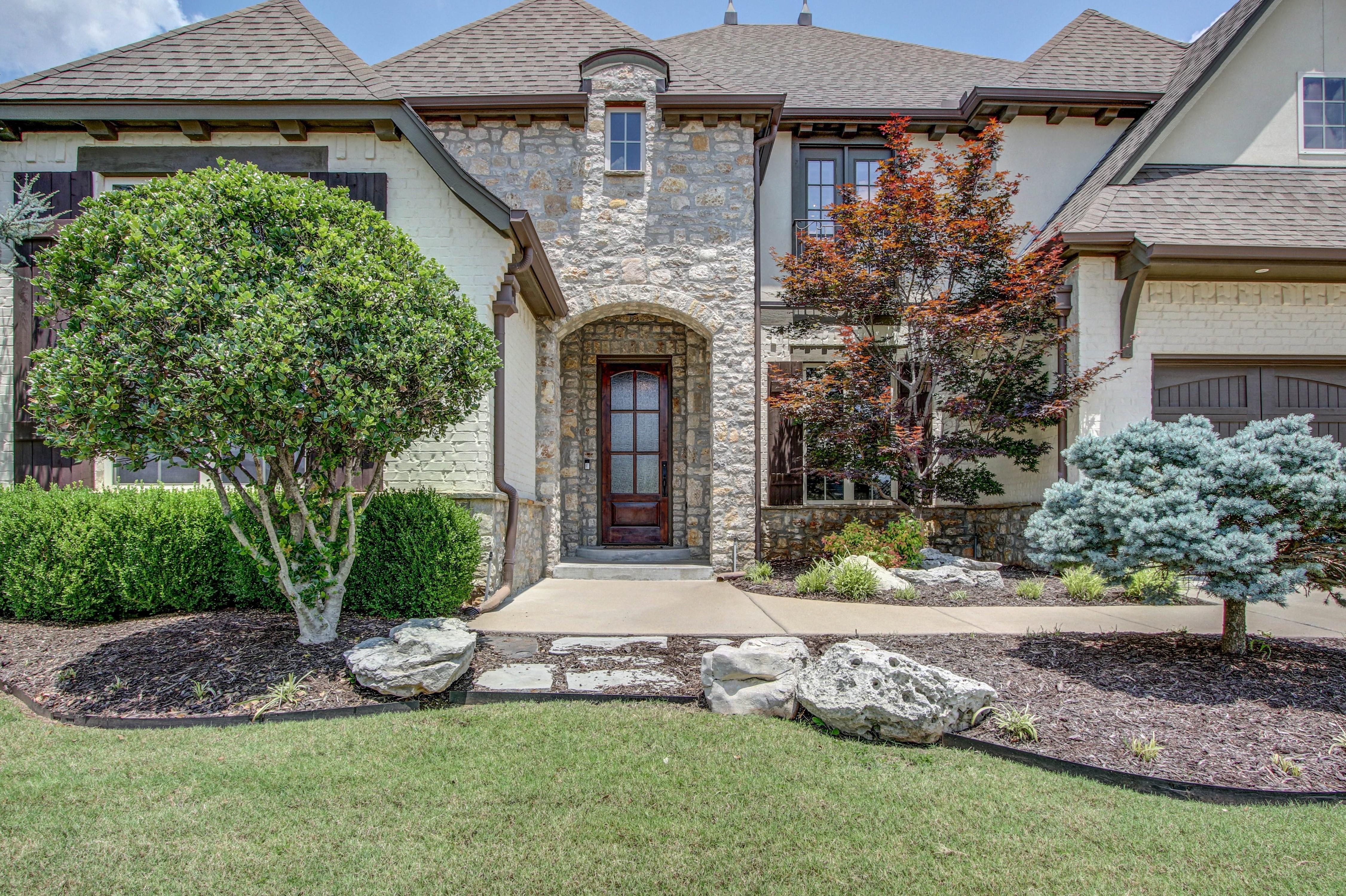 9417 E 105th Place Property Photo 1