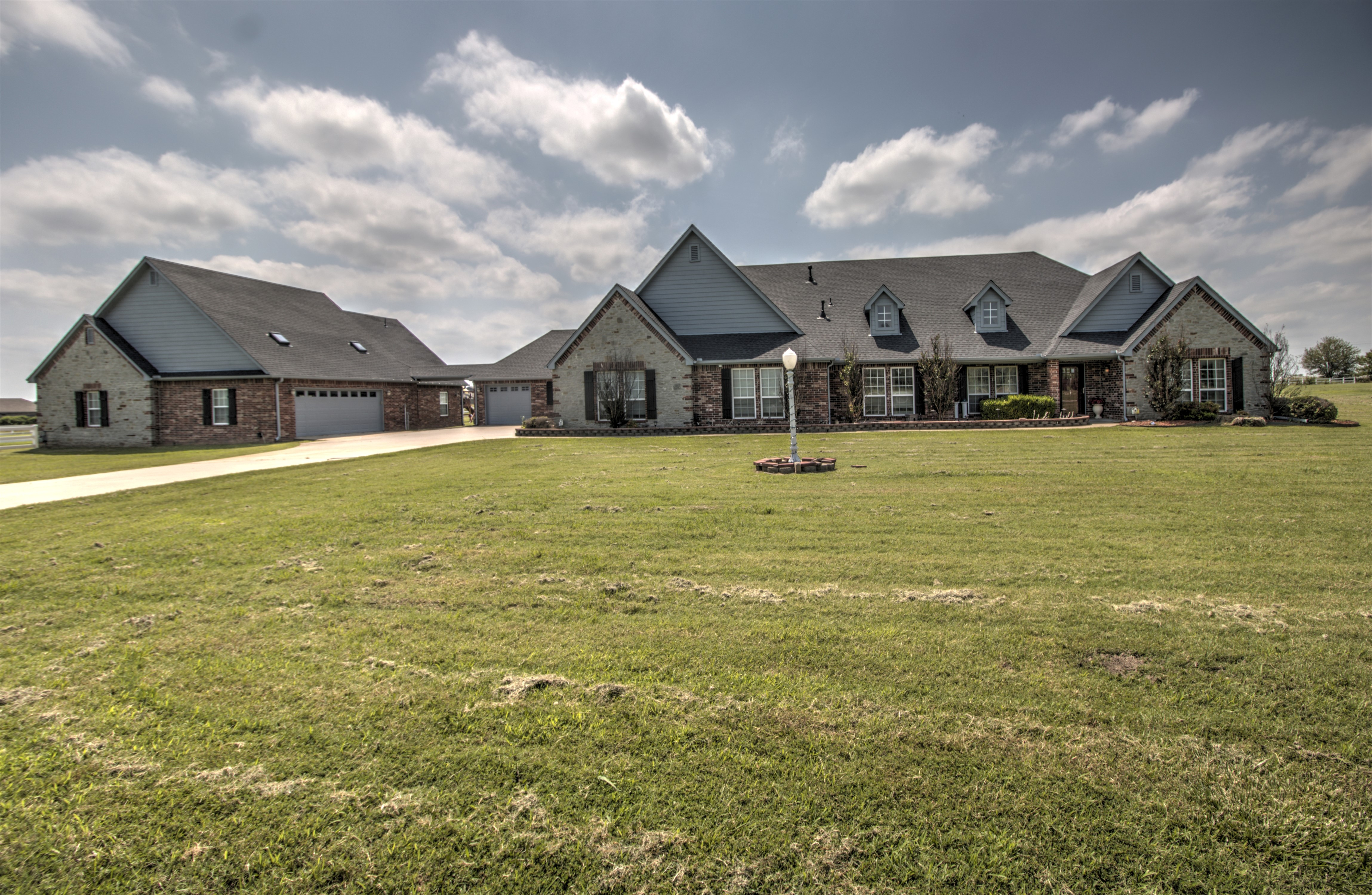 Chestnut Farms Real Estate Listings Main Image