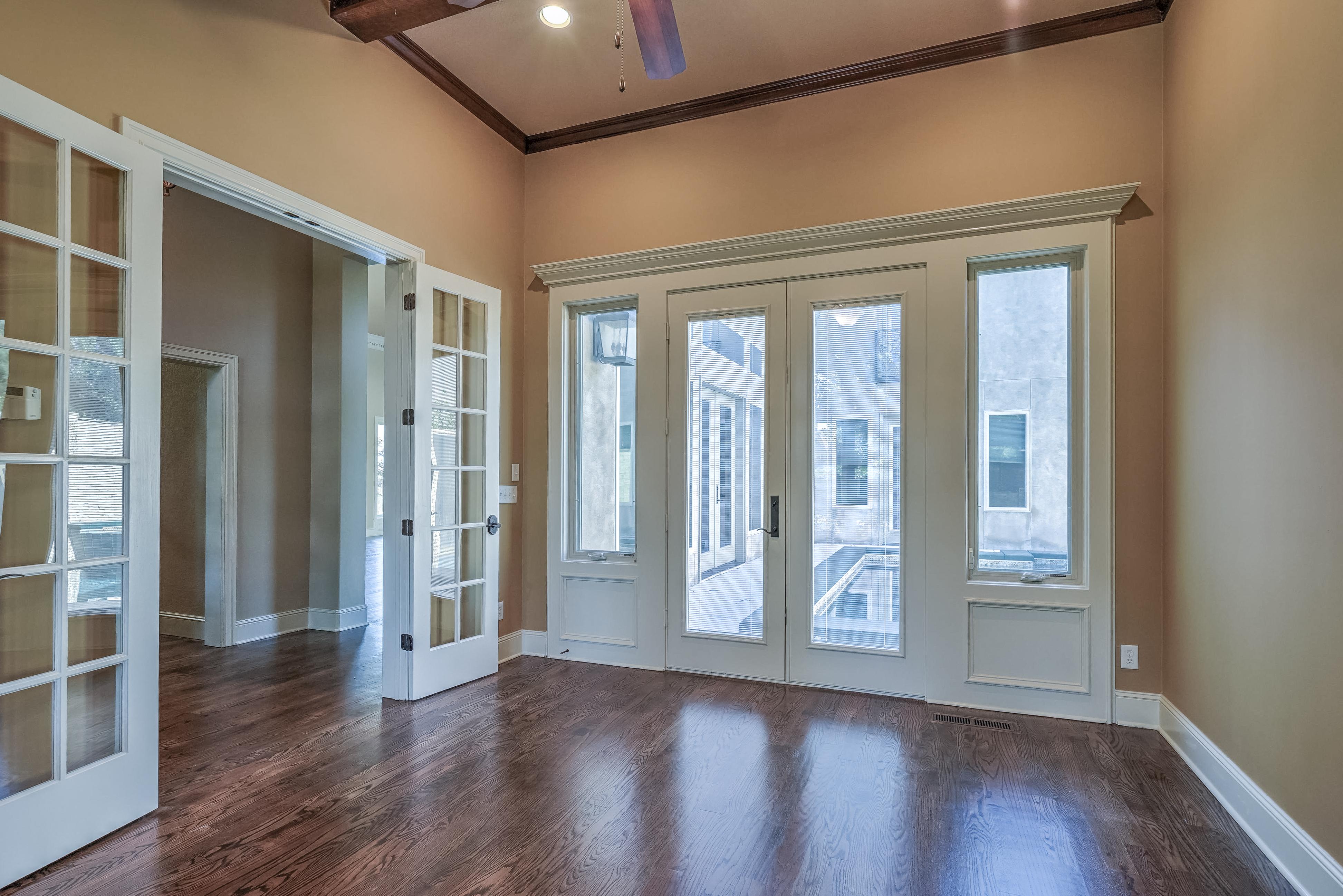 4626 E 109th Place Property Photo 7