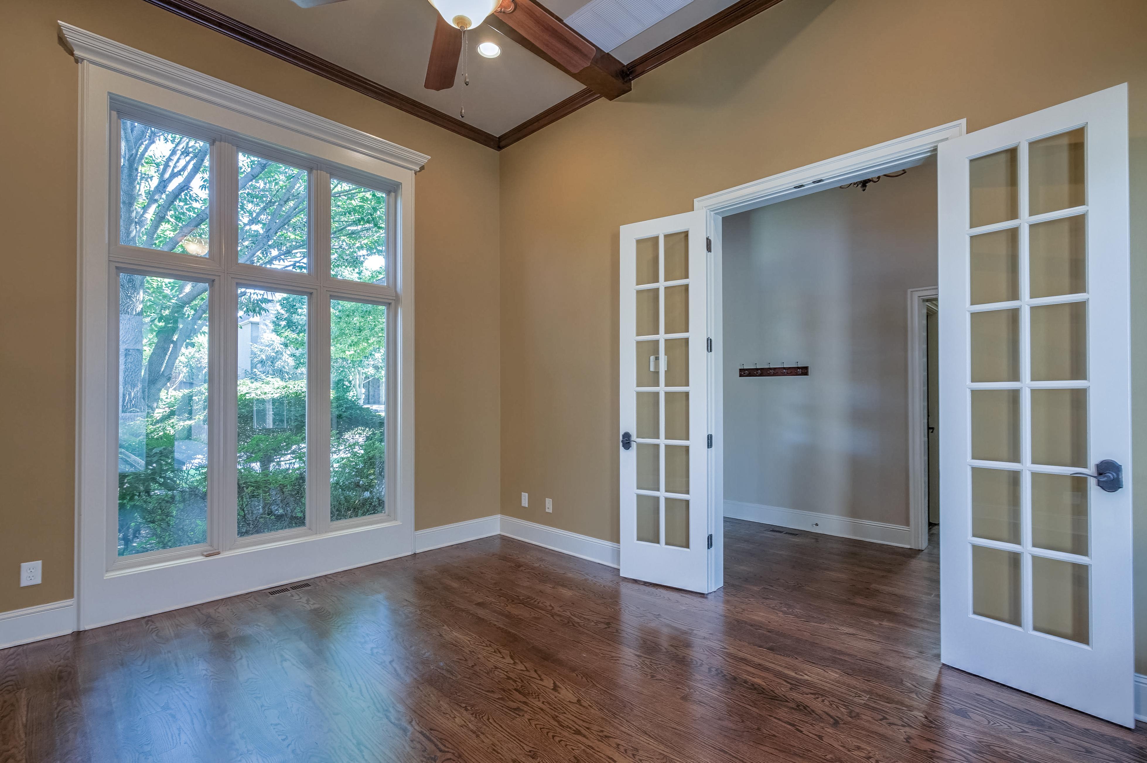 4626 E 109th Place Property Photo 6