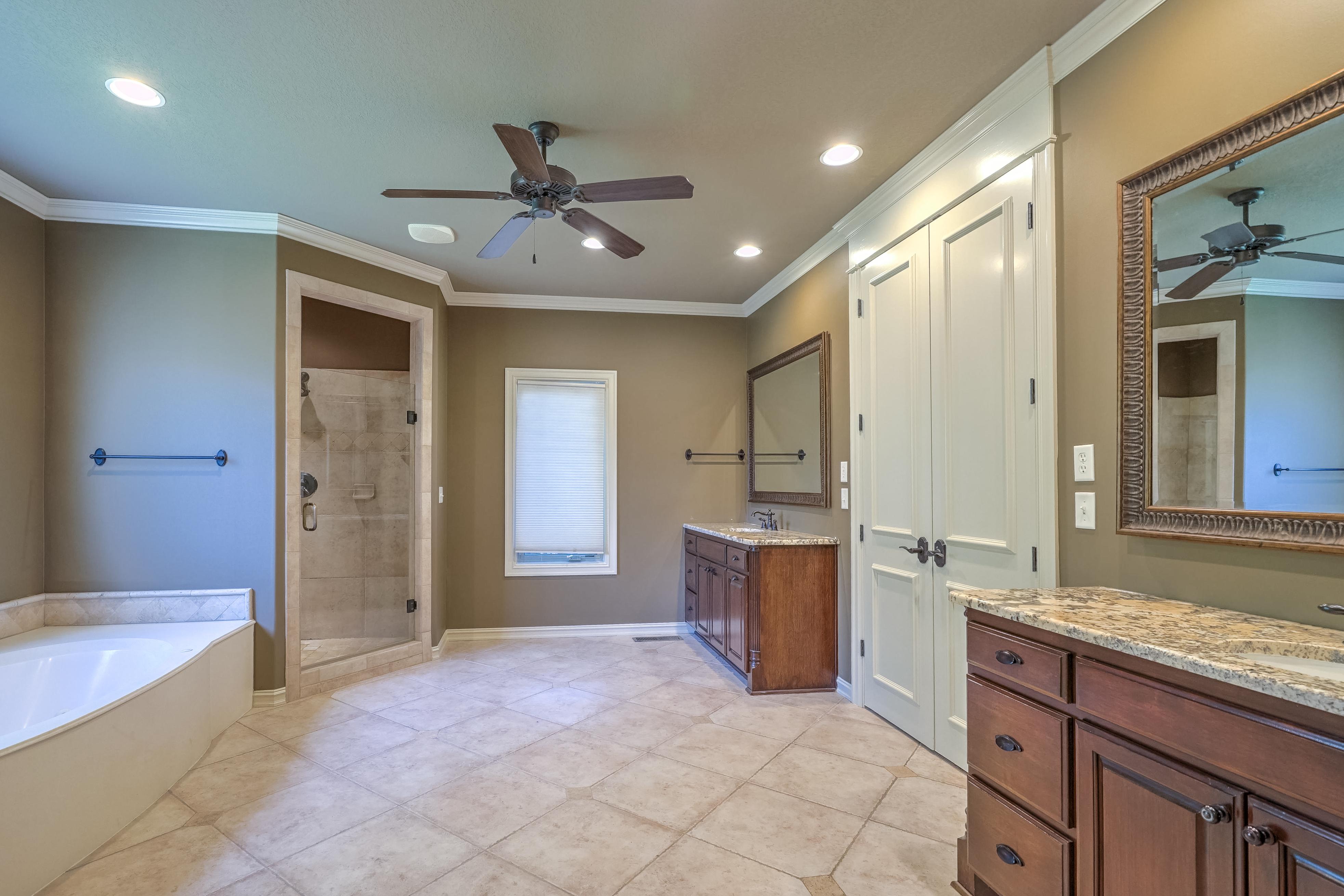 4626 E 109th Place Property Photo 21