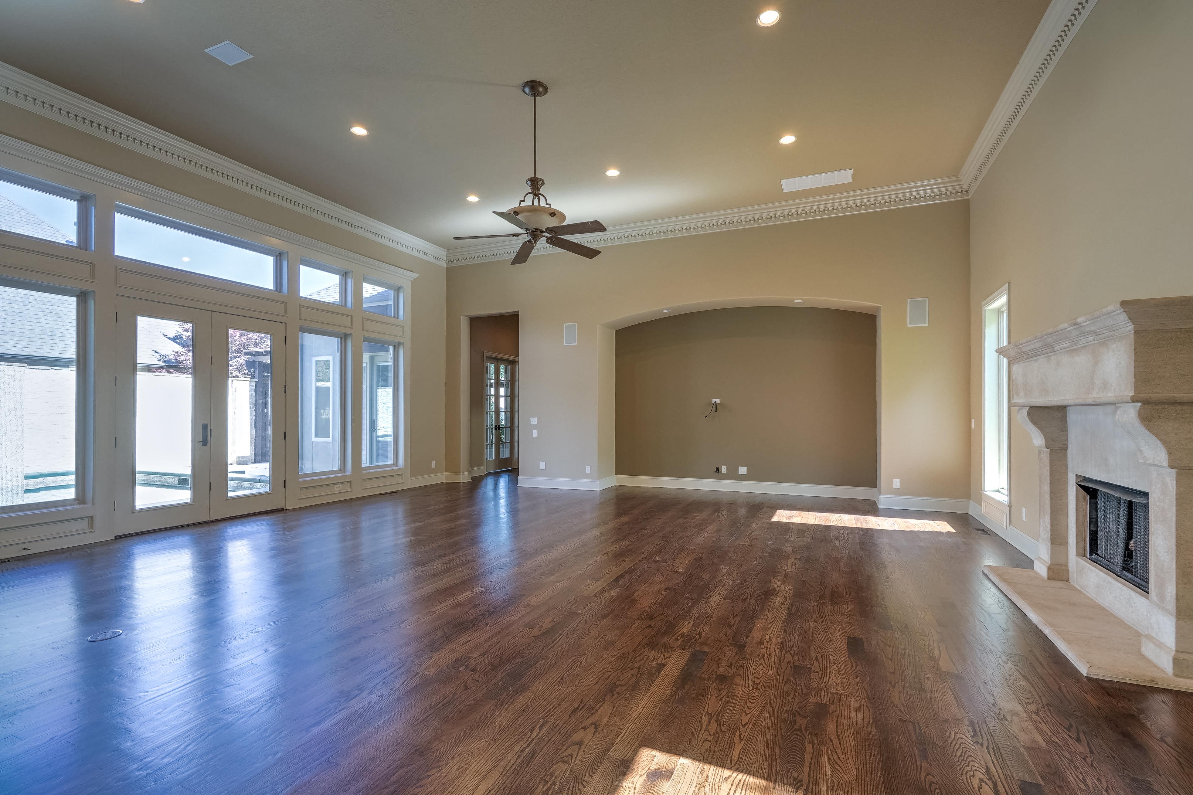 4626 E 109th Place Property Photo 11