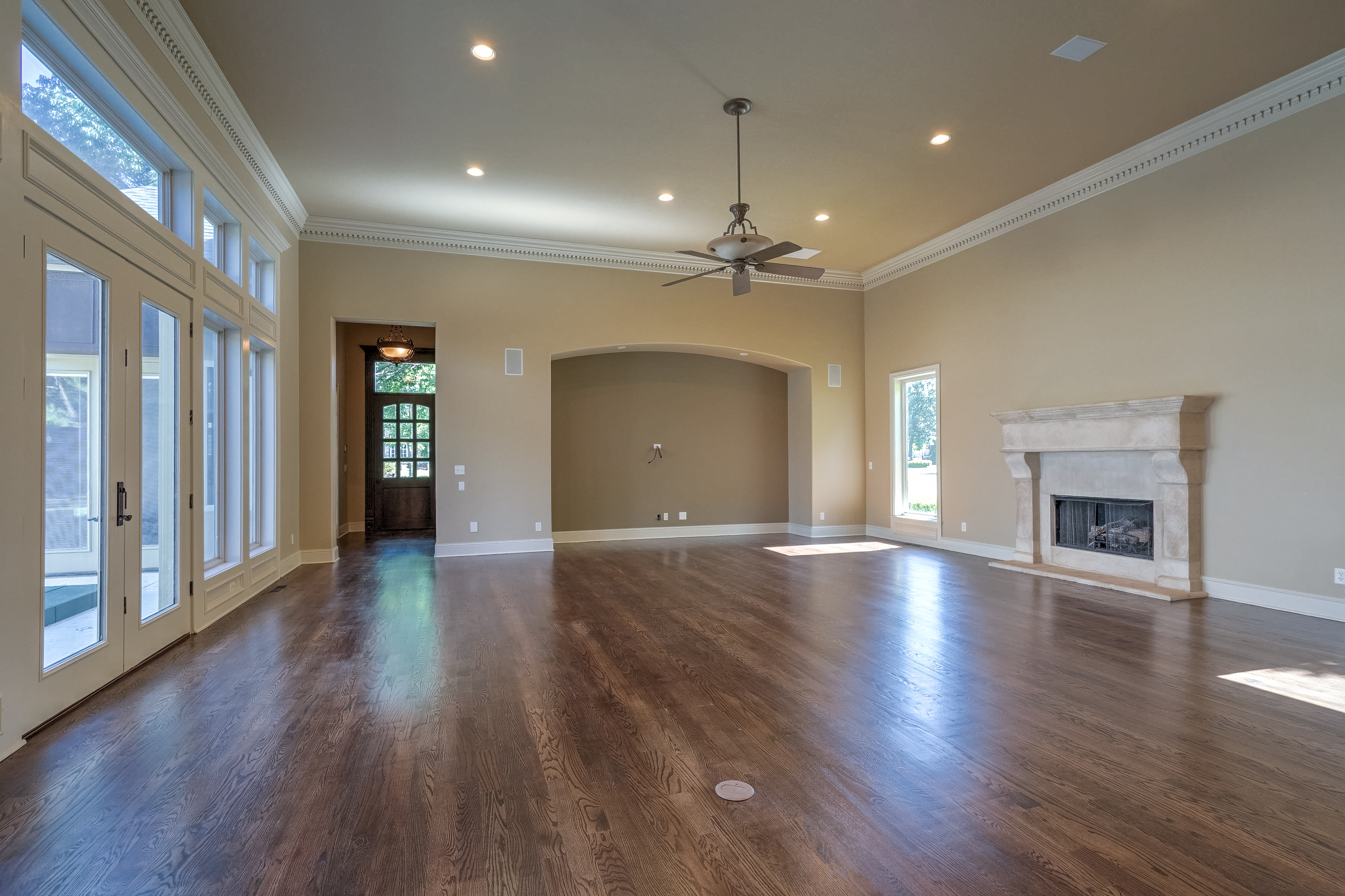 4626 E 109th Place Property Photo 10