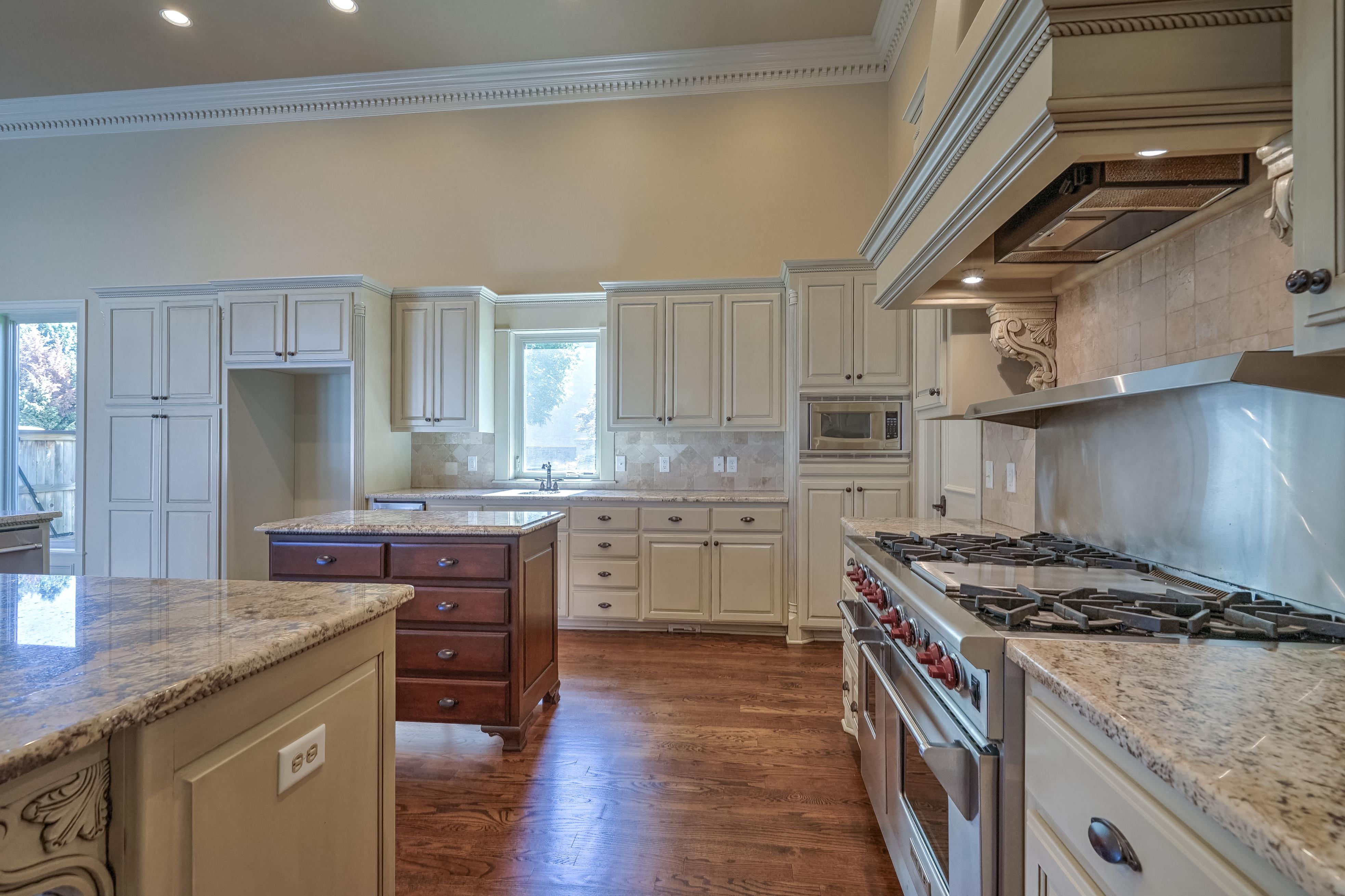 4626 E 109th Place Property Photo 15