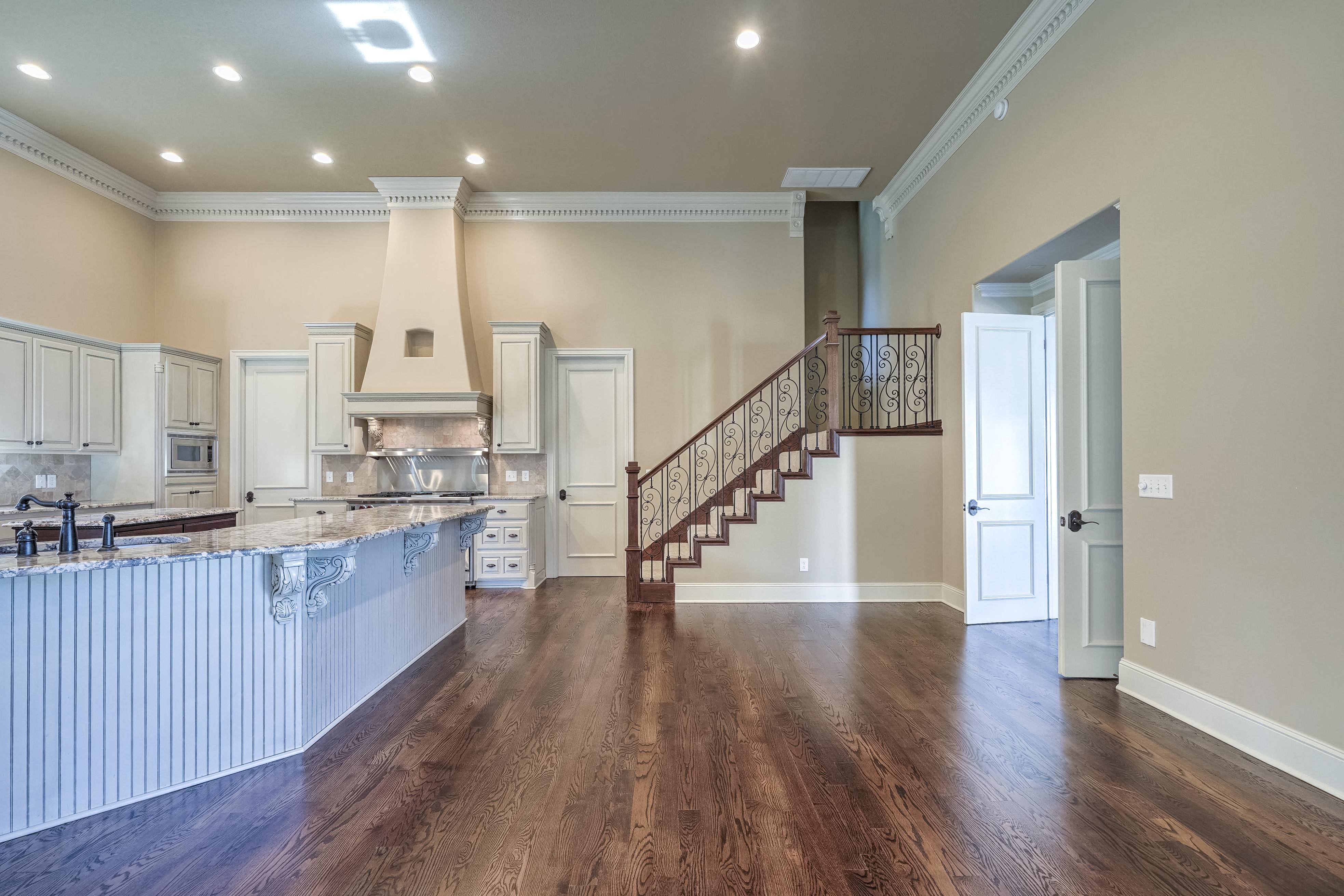4626 E 109th Place Property Photo 13