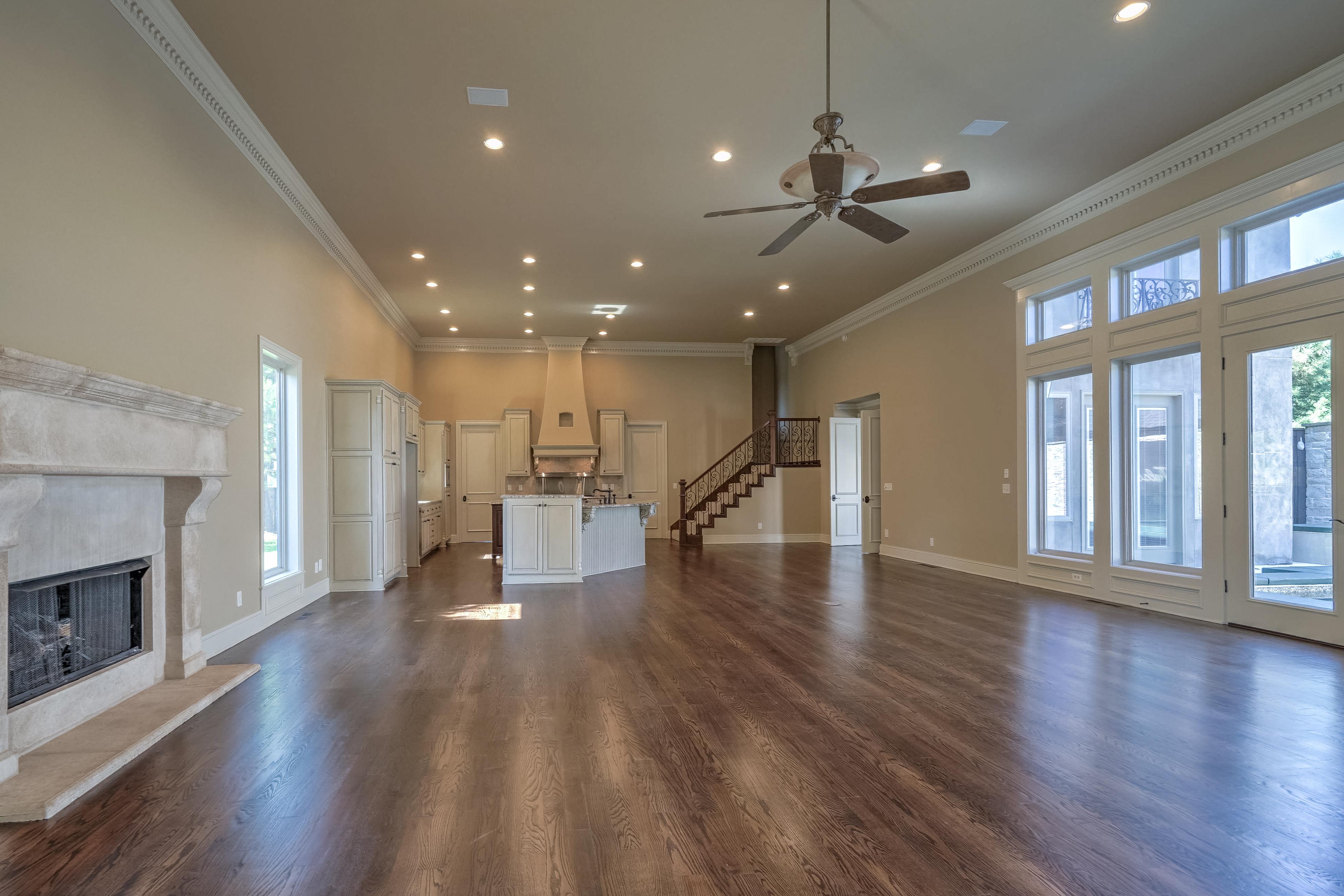 4626 E 109th Place Property Photo 9