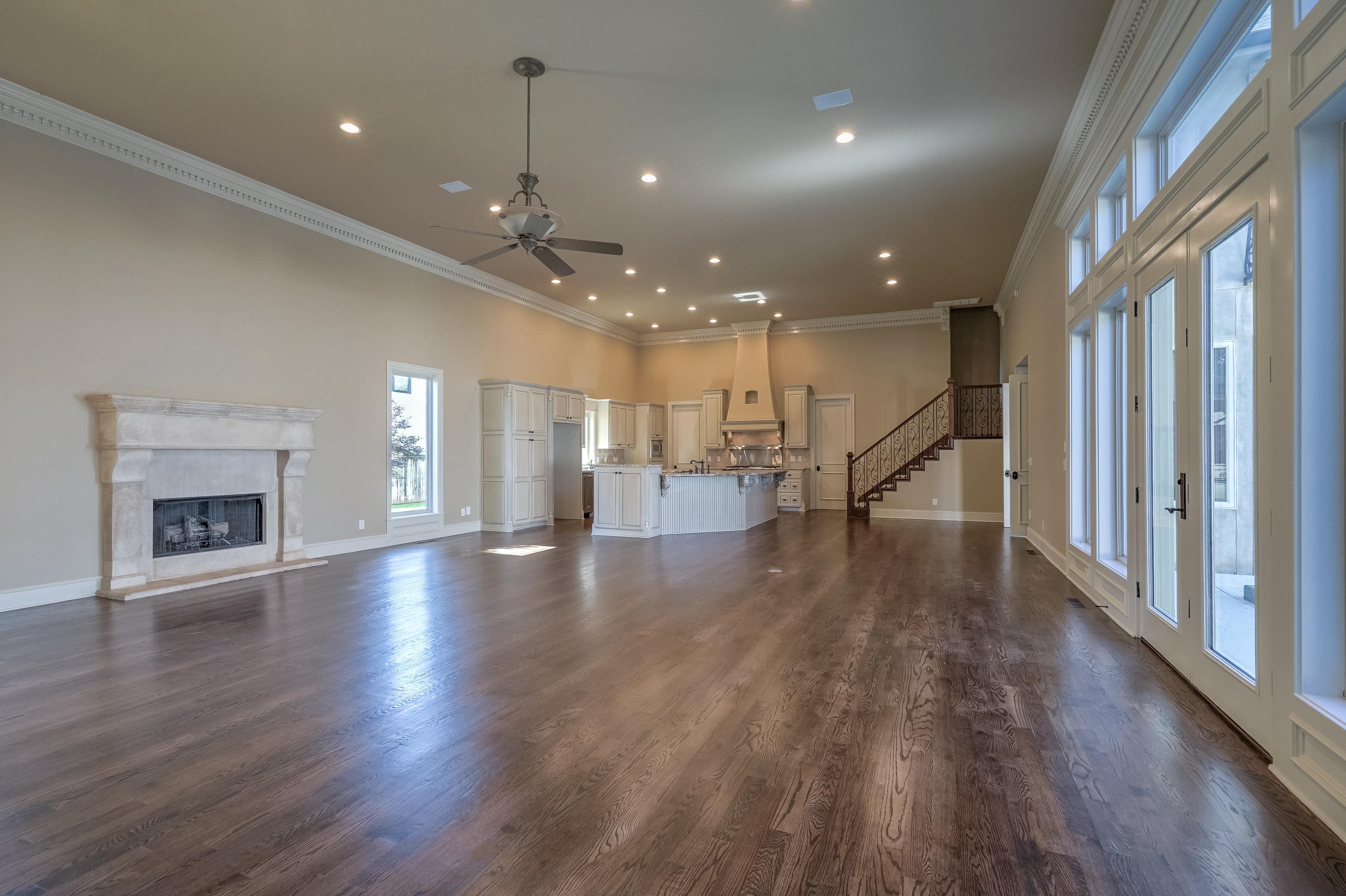 4626 E 109th Place Property Photo 8