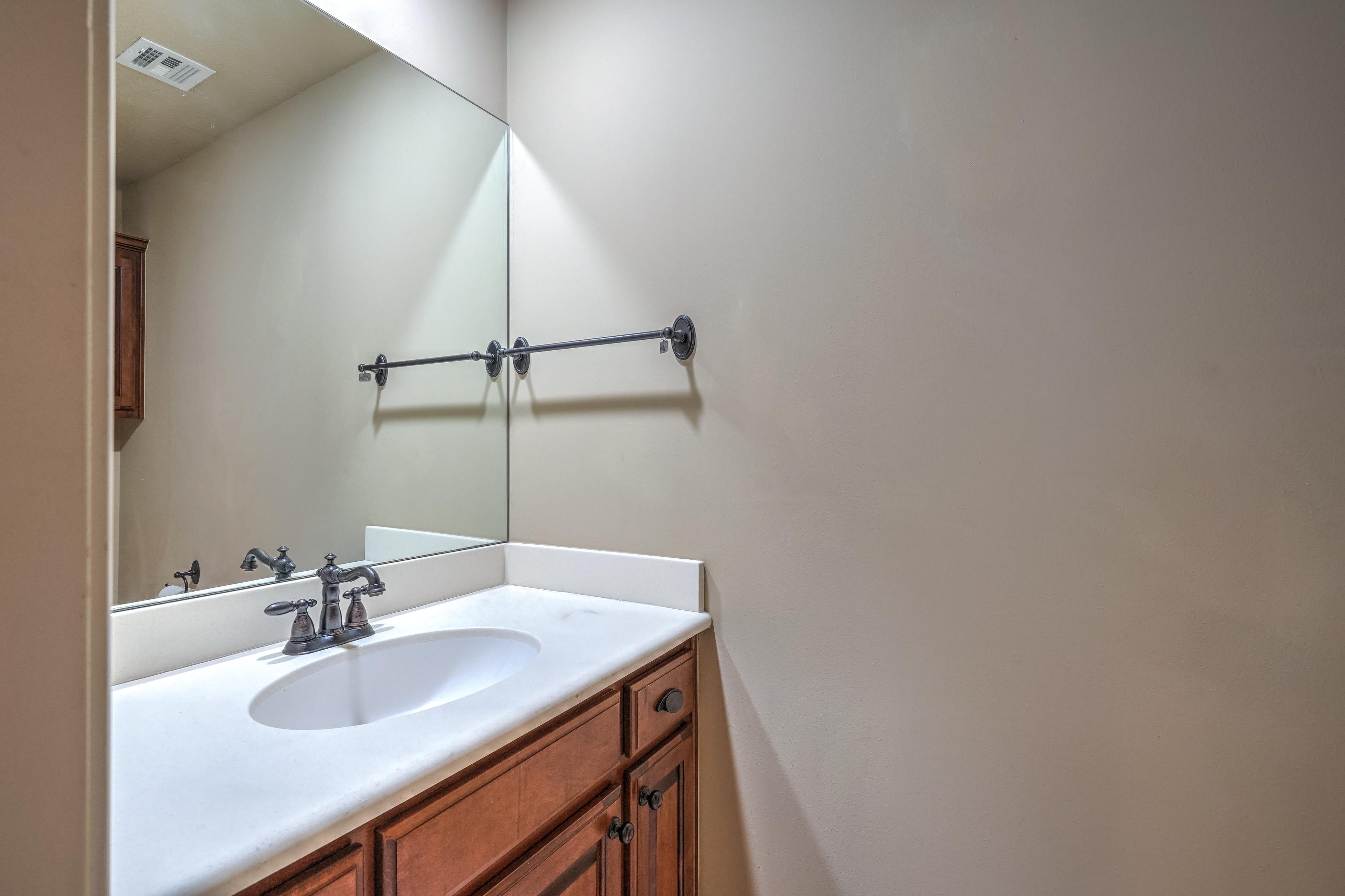 4626 E 109th Place Property Photo 27
