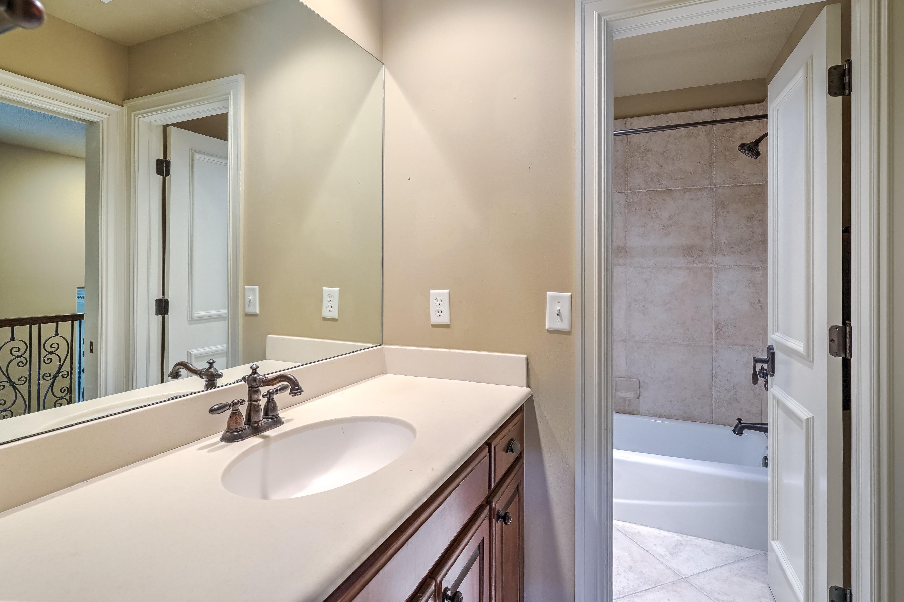 4626 E 109th Place Property Photo 29