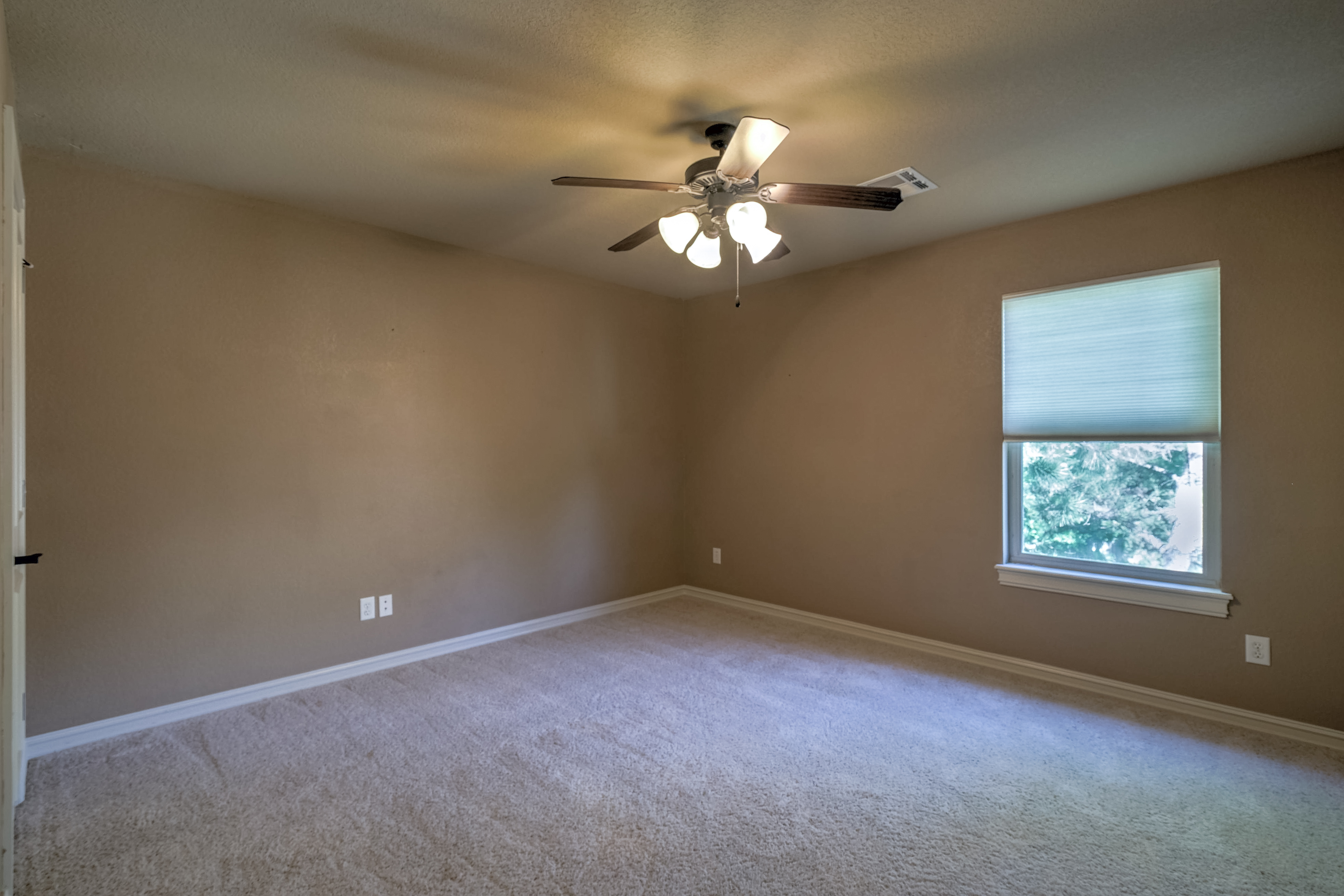 4626 E 109th Place Property Photo 30