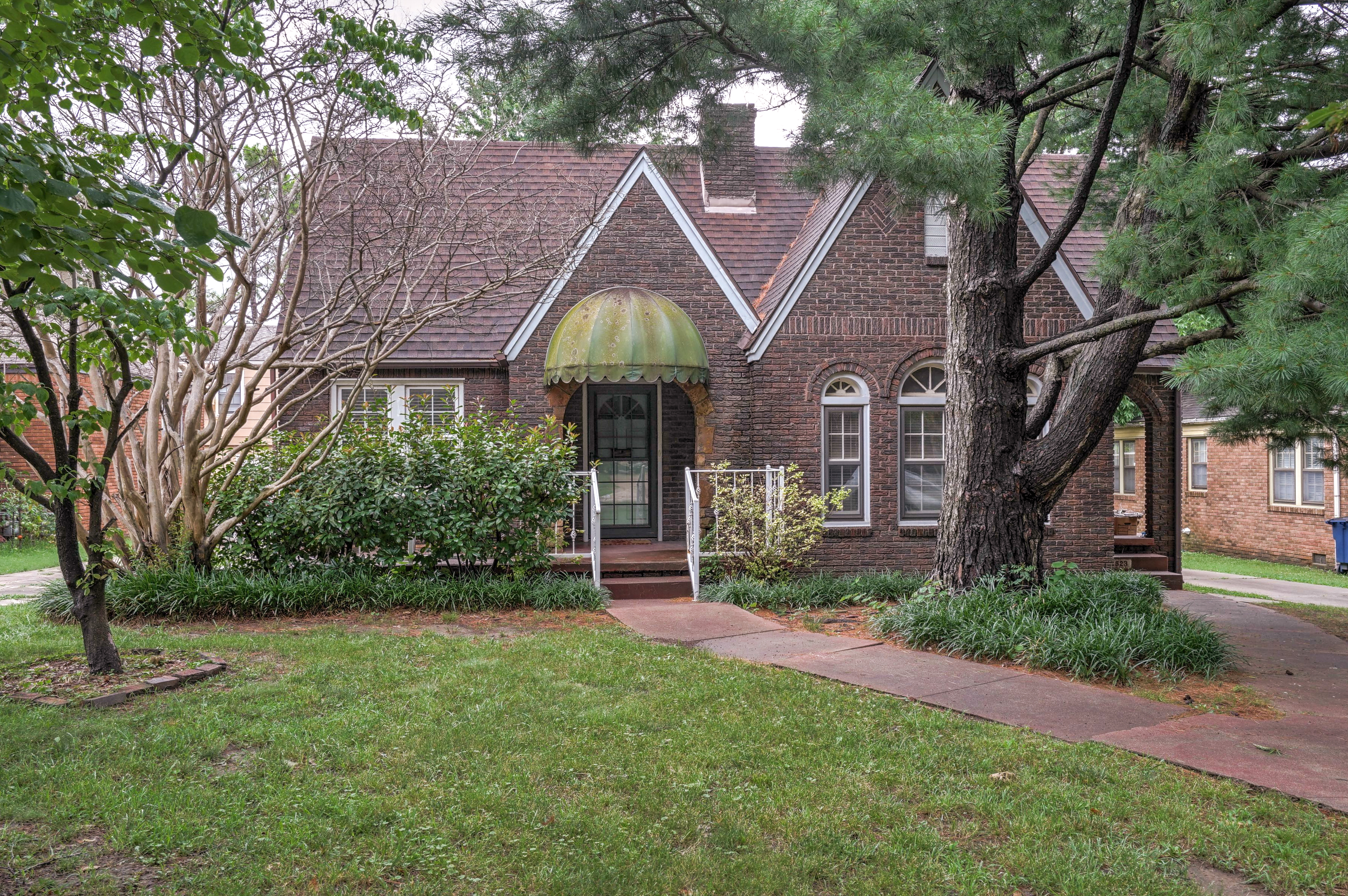 1521 S Delaware Avenue Property Photo 1