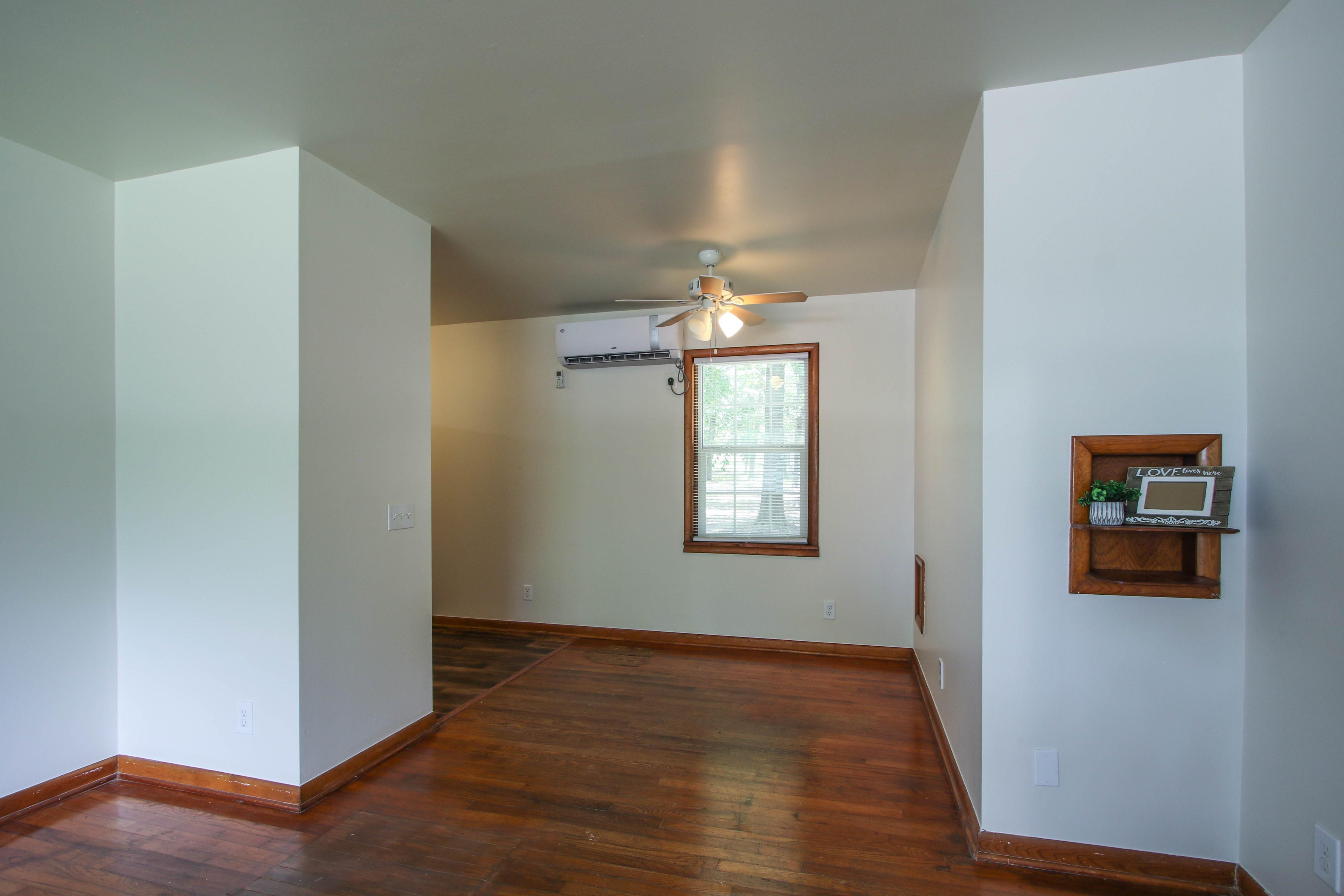 905 S Kindle Avenue Property Photo 8