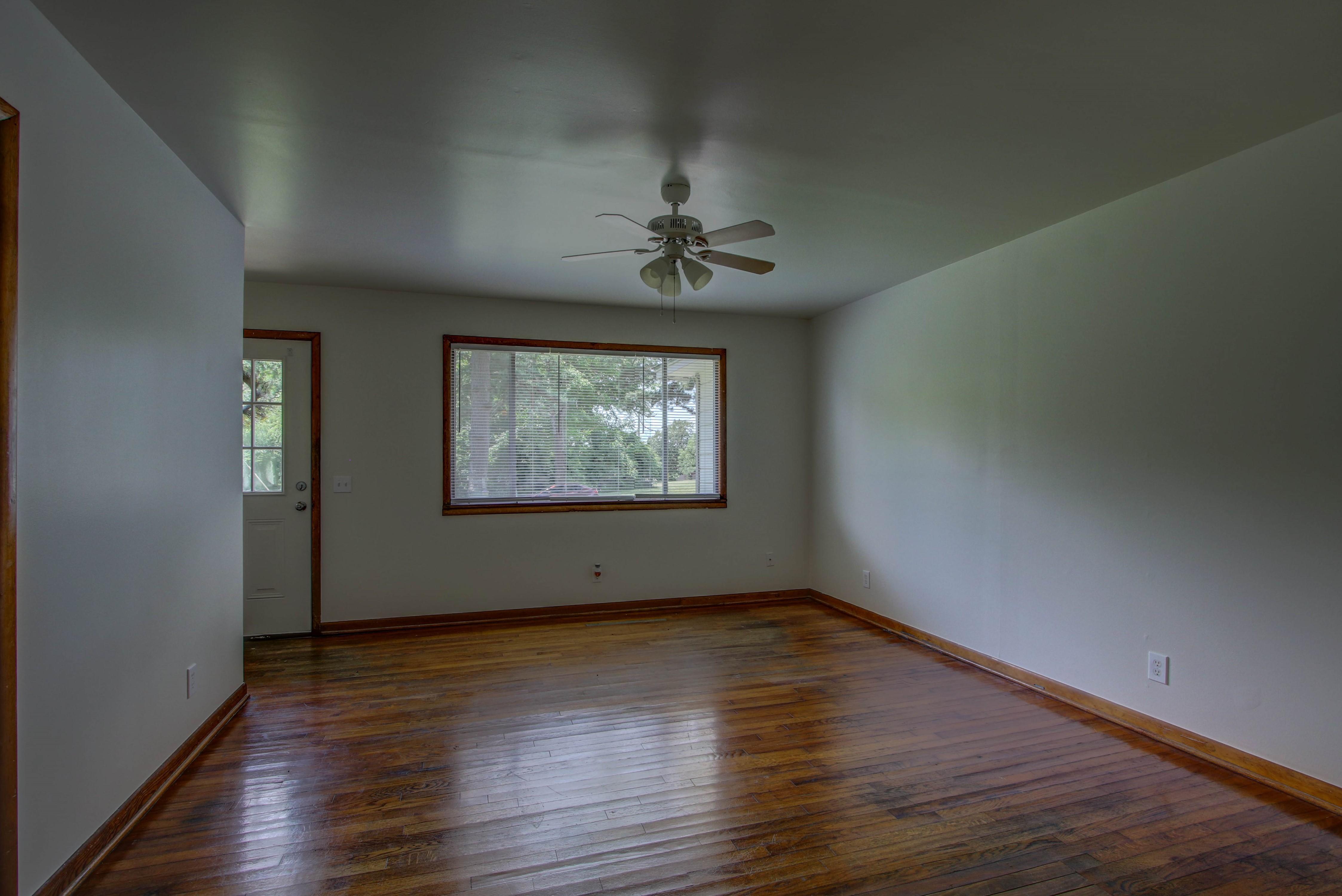 905 S Kindle Avenue Property Photo 6
