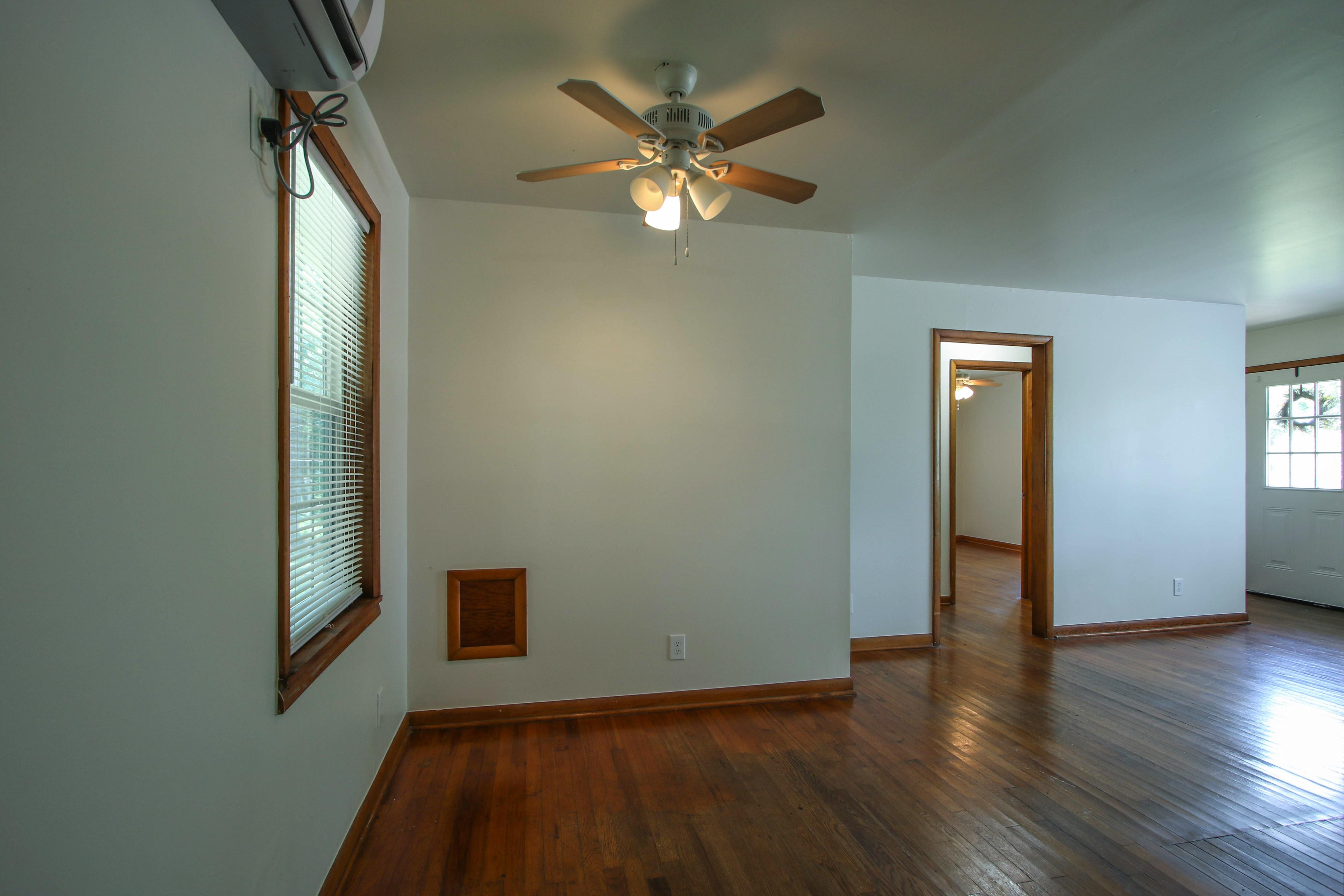 905 S Kindle Avenue Property Photo 10