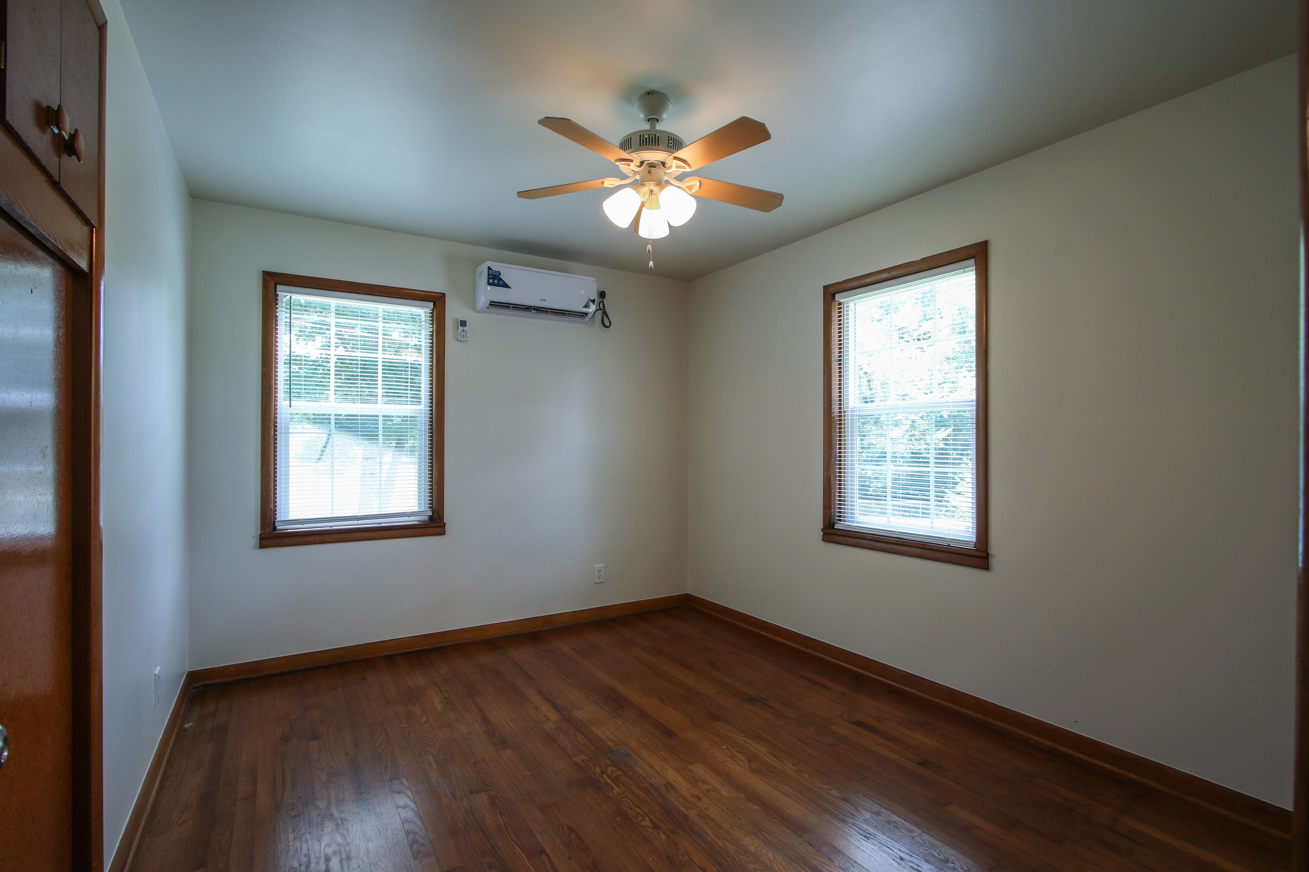 905 S Kindle Avenue Property Photo 19