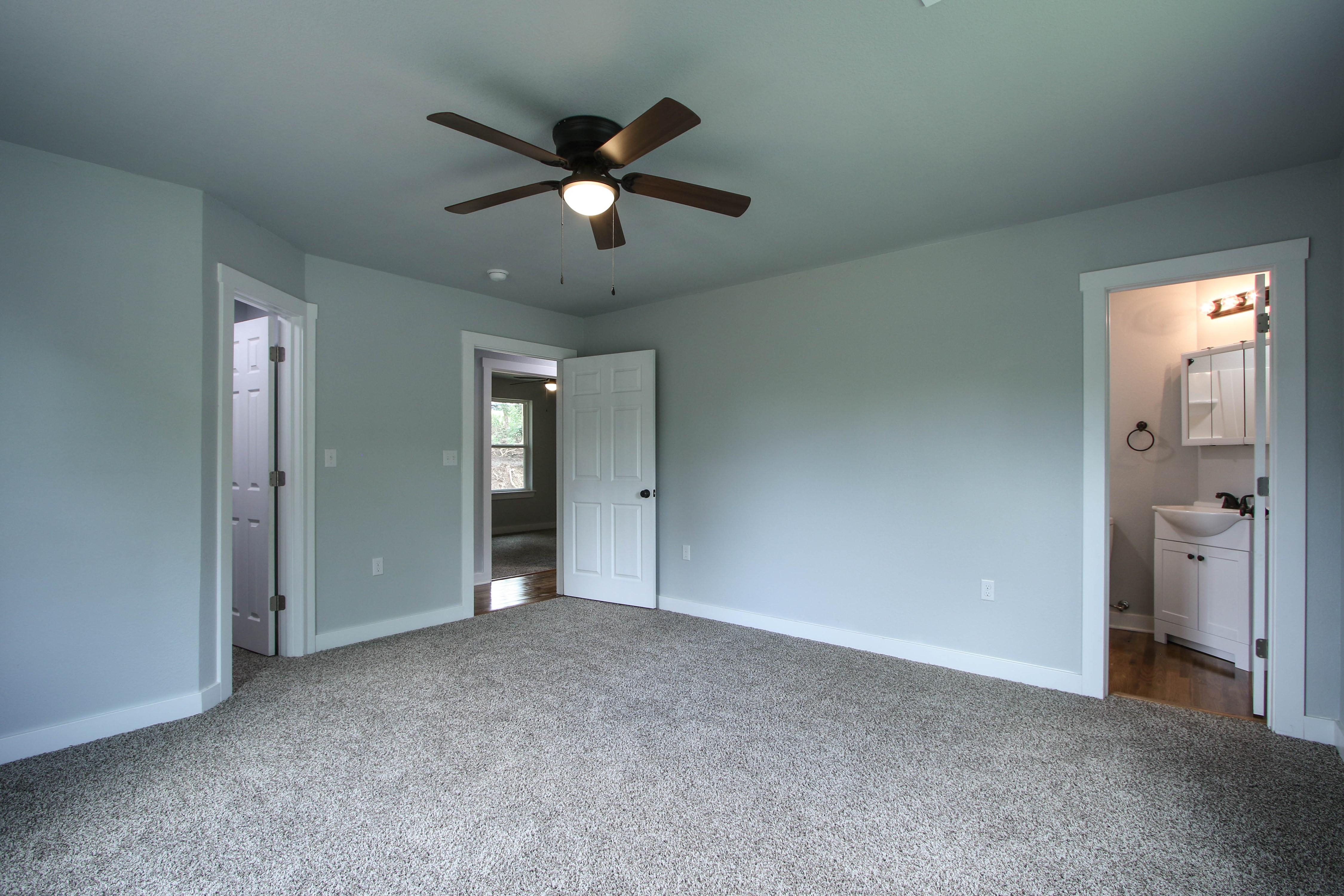 406 Beauregard Street Property Photo 20