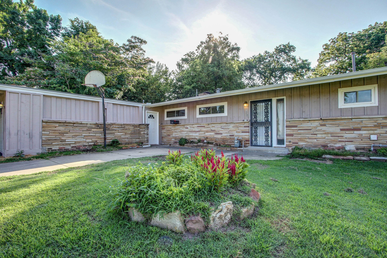 4189 S Trenton Avenue Property Photo 2