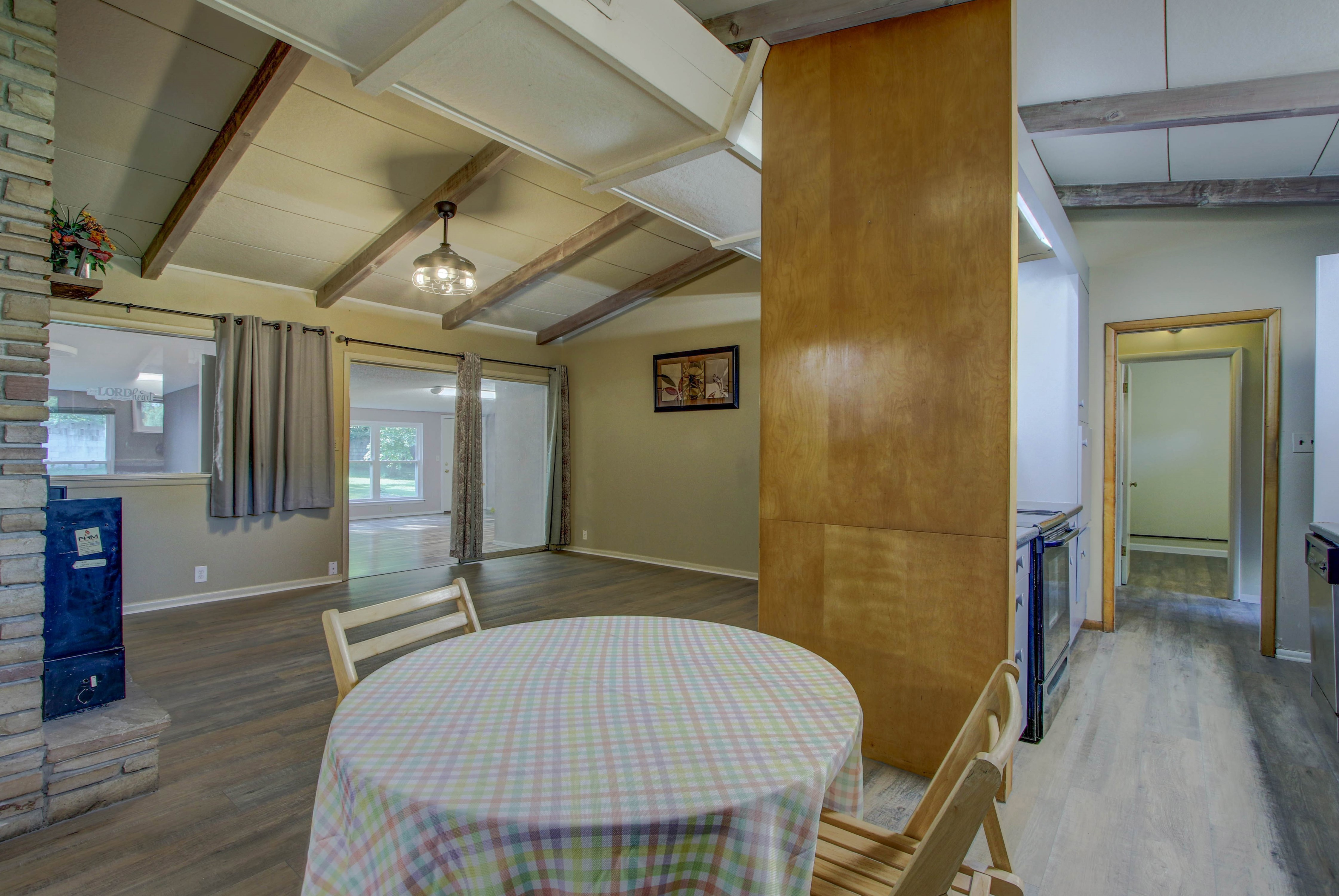 4189 S Trenton Avenue Property Photo 6