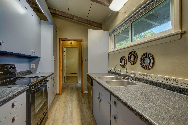 4189 S Trenton Avenue Property Photo 5