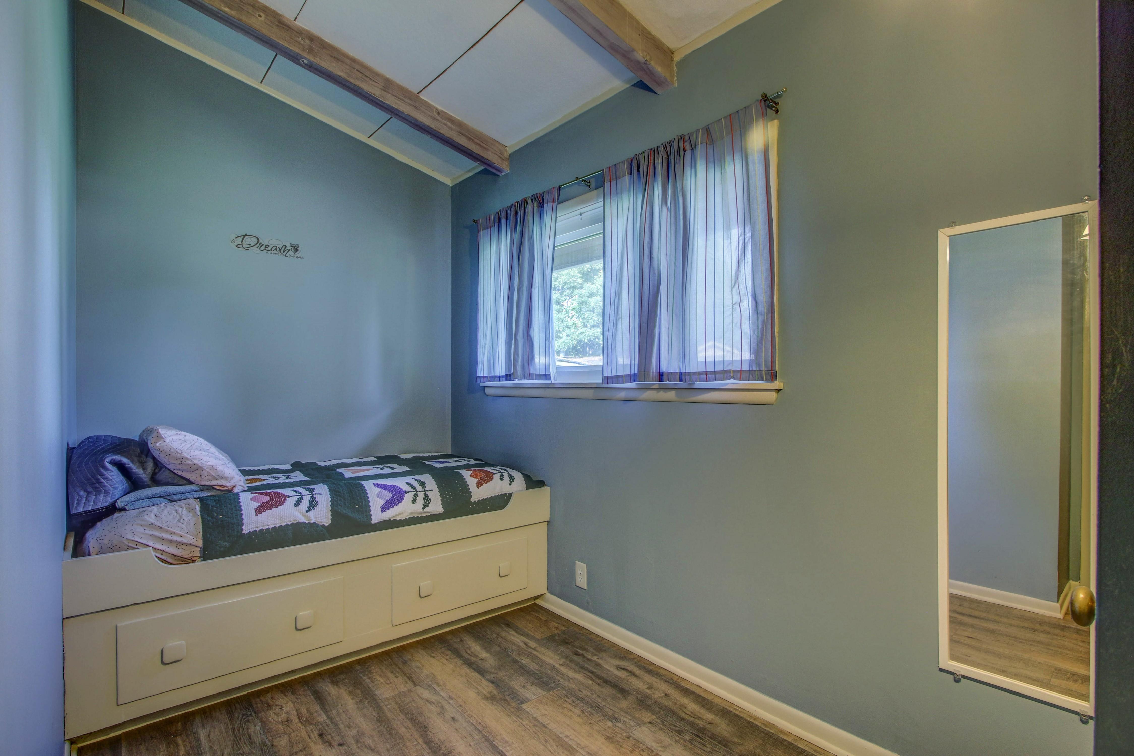 4189 S Trenton Avenue Property Photo 27