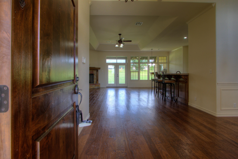 501 E Lakeview Drive Property Photo 3