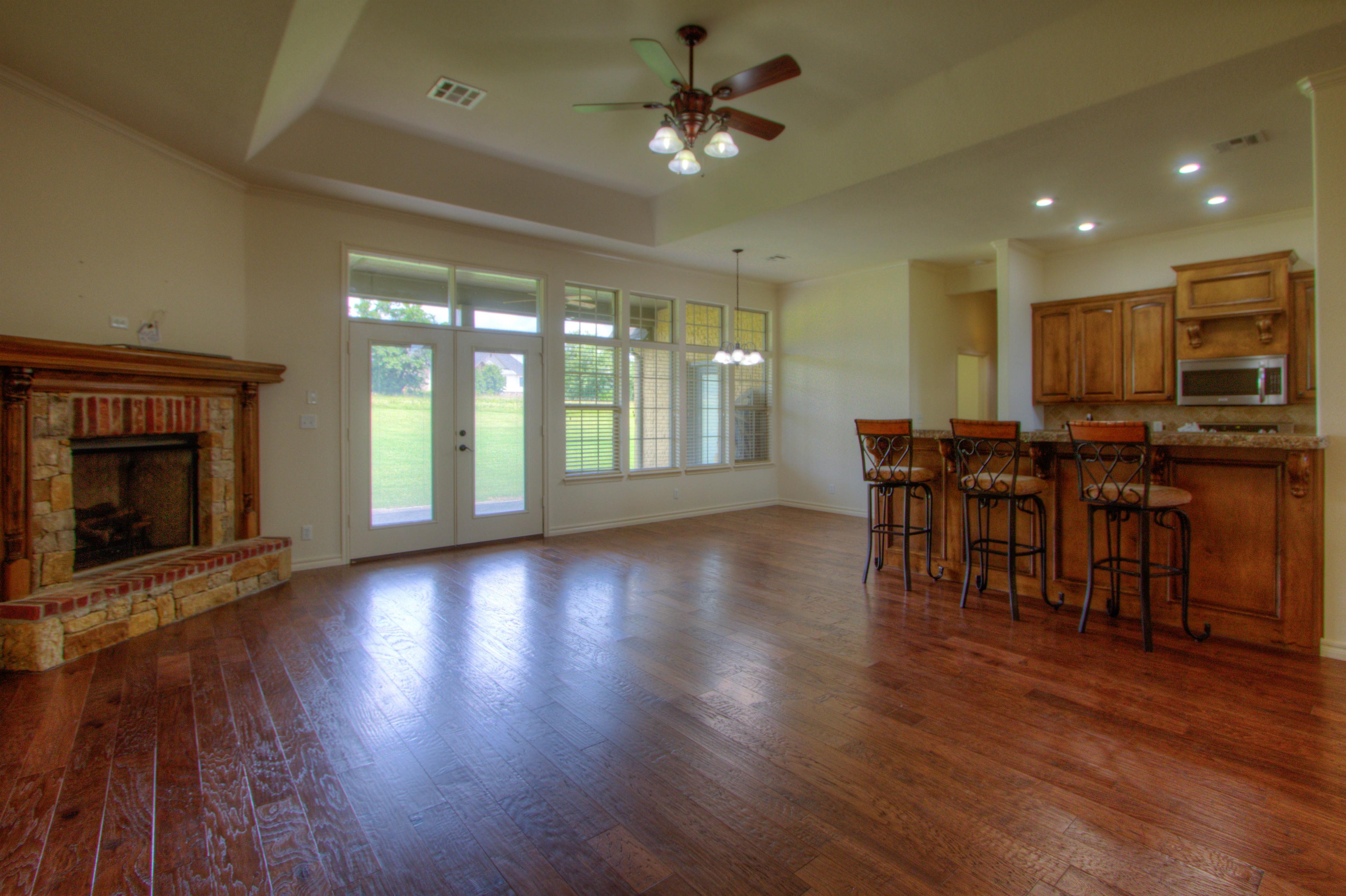 501 E Lakeview Drive Property Photo 6