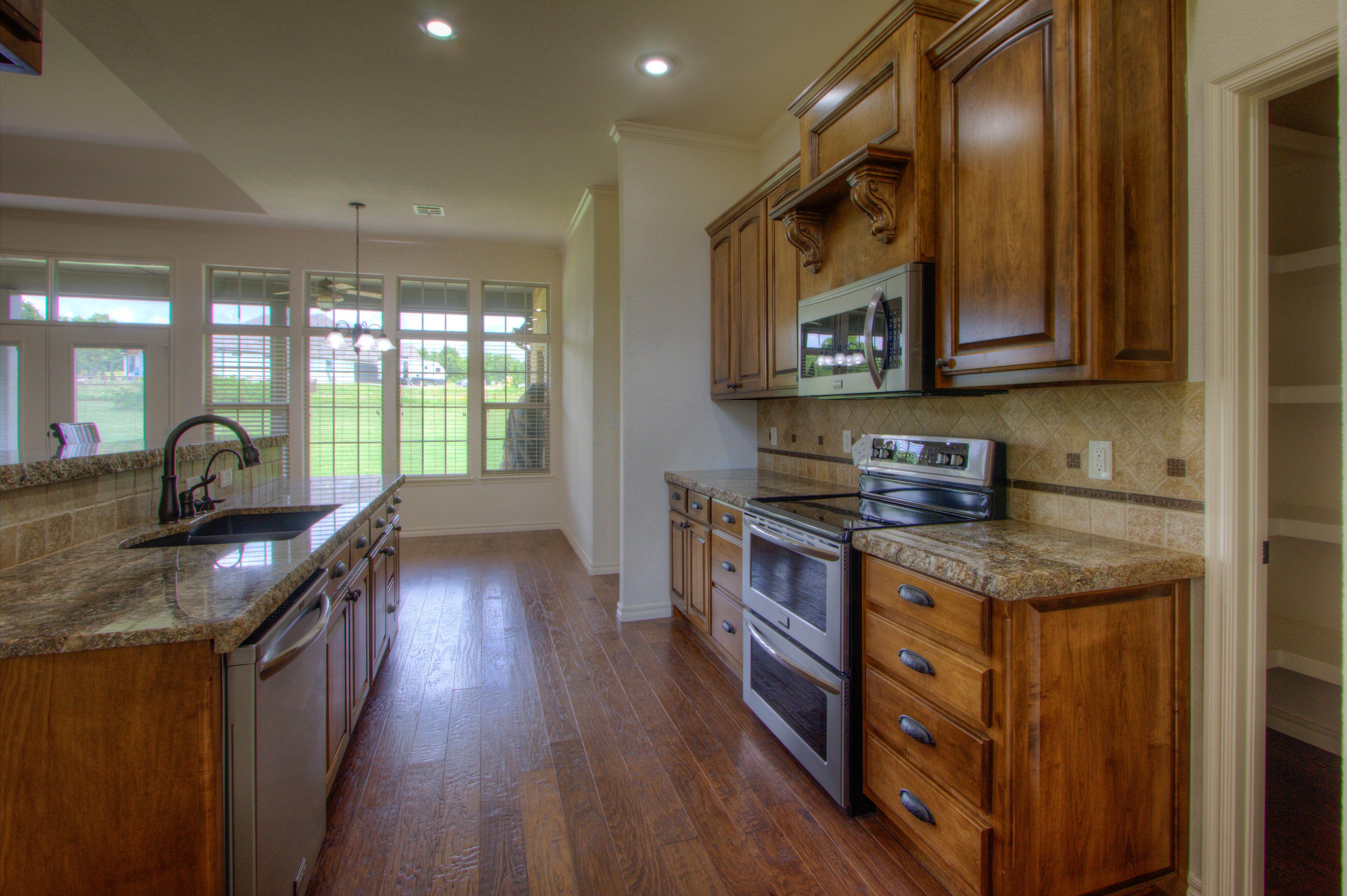 501 E Lakeview Drive Property Photo 13