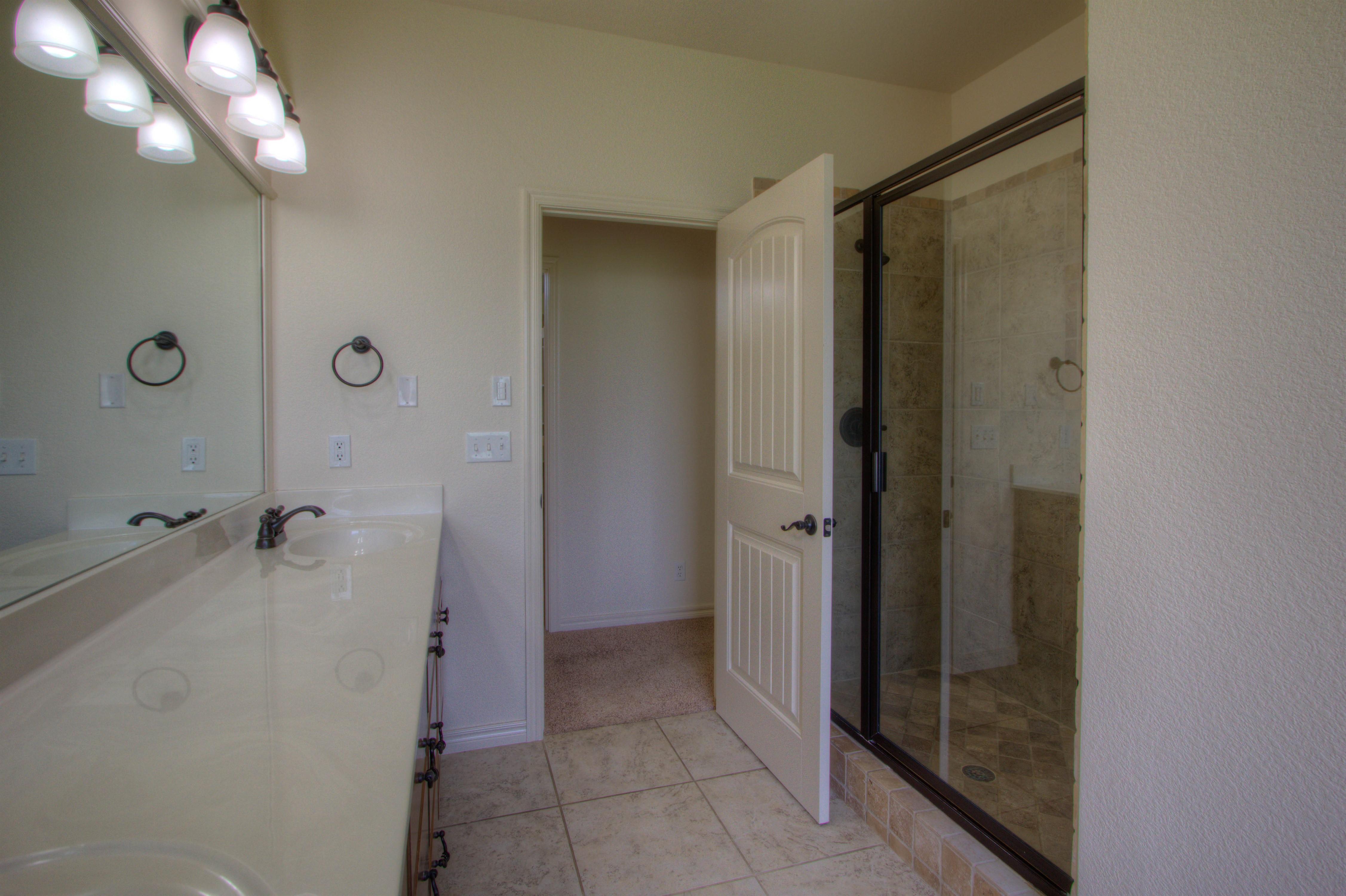 501 E Lakeview Drive Property Photo 18