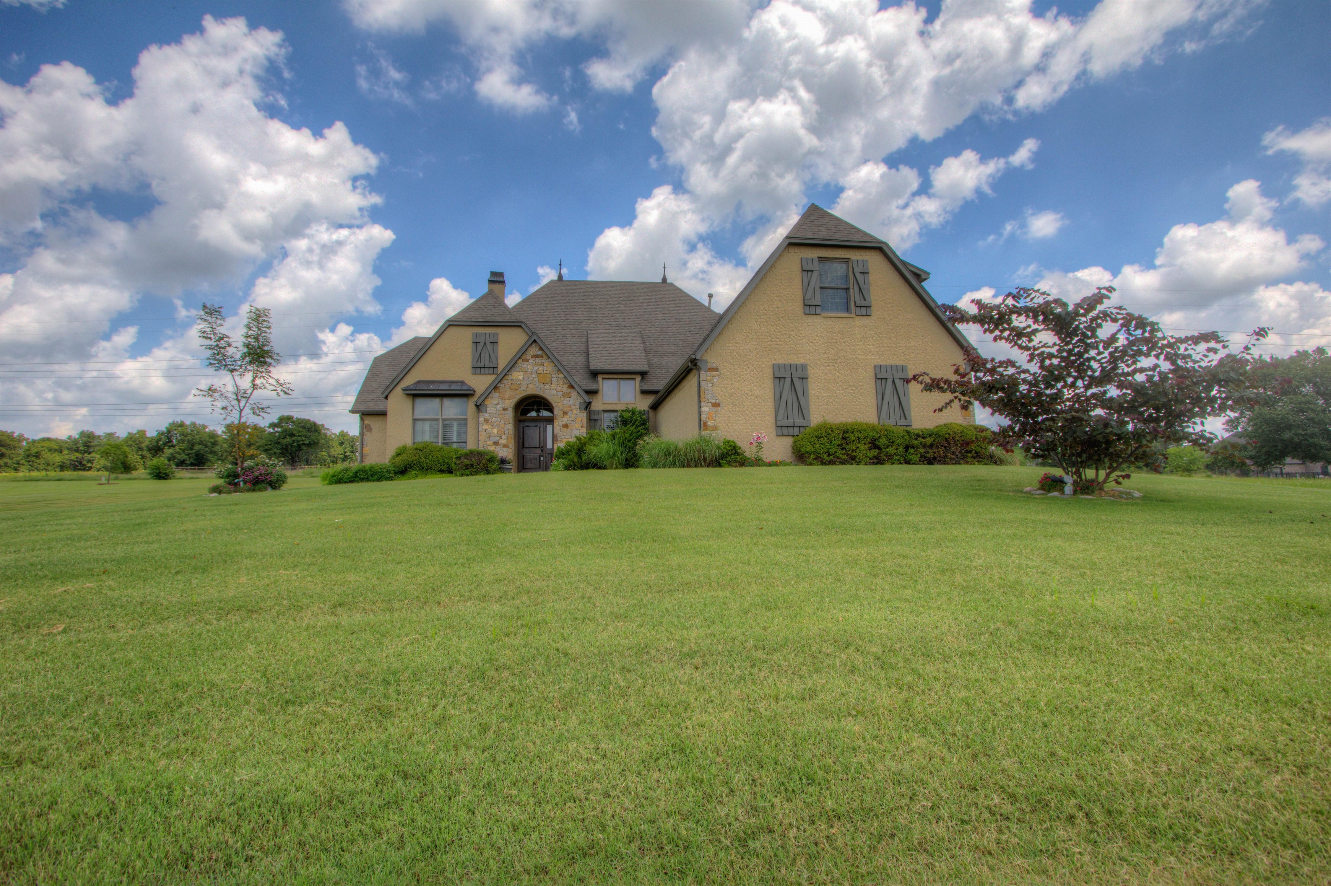 501 E Lakeview Drive Property Photo 33