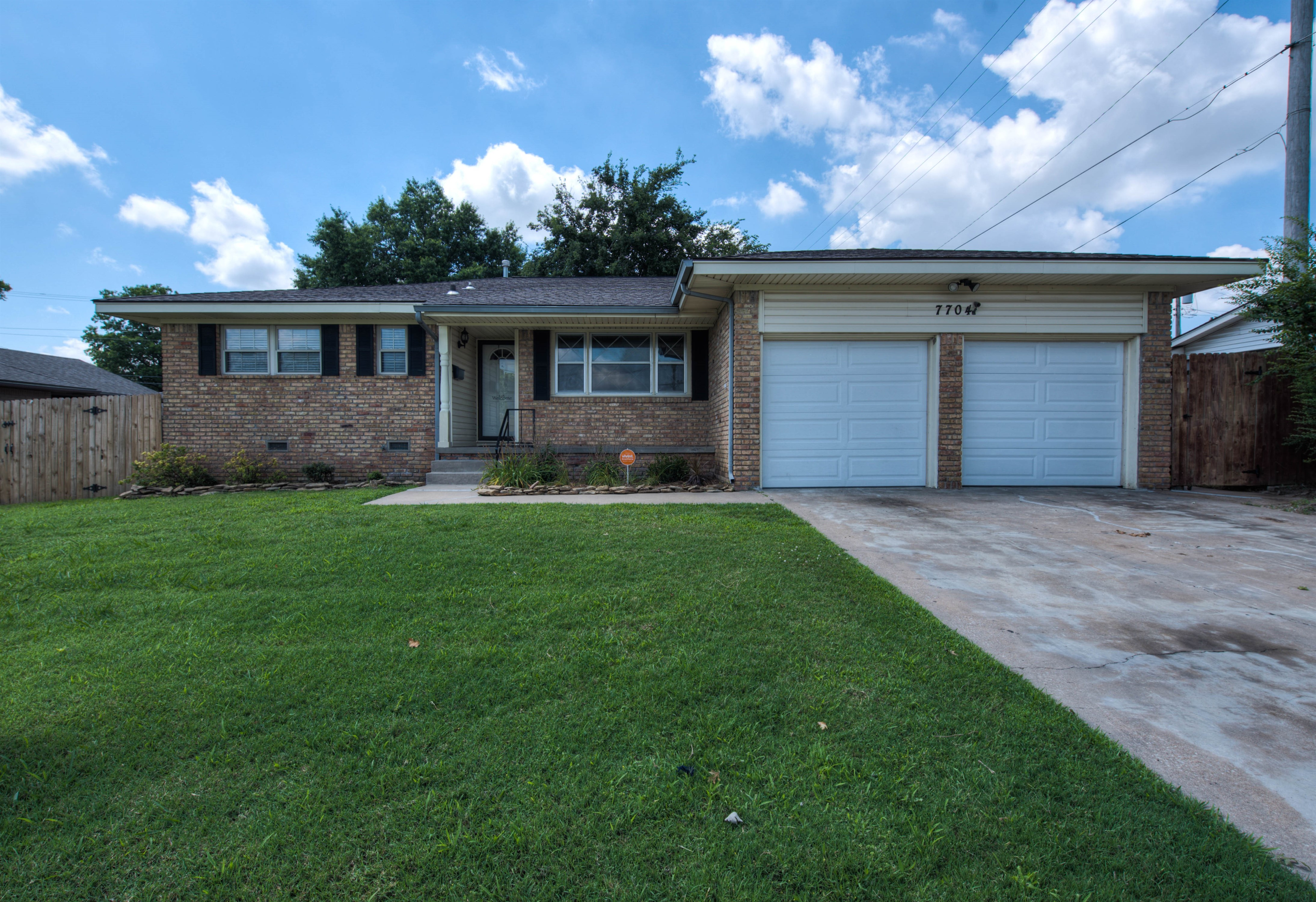 7704 E 21st Street Property Photo