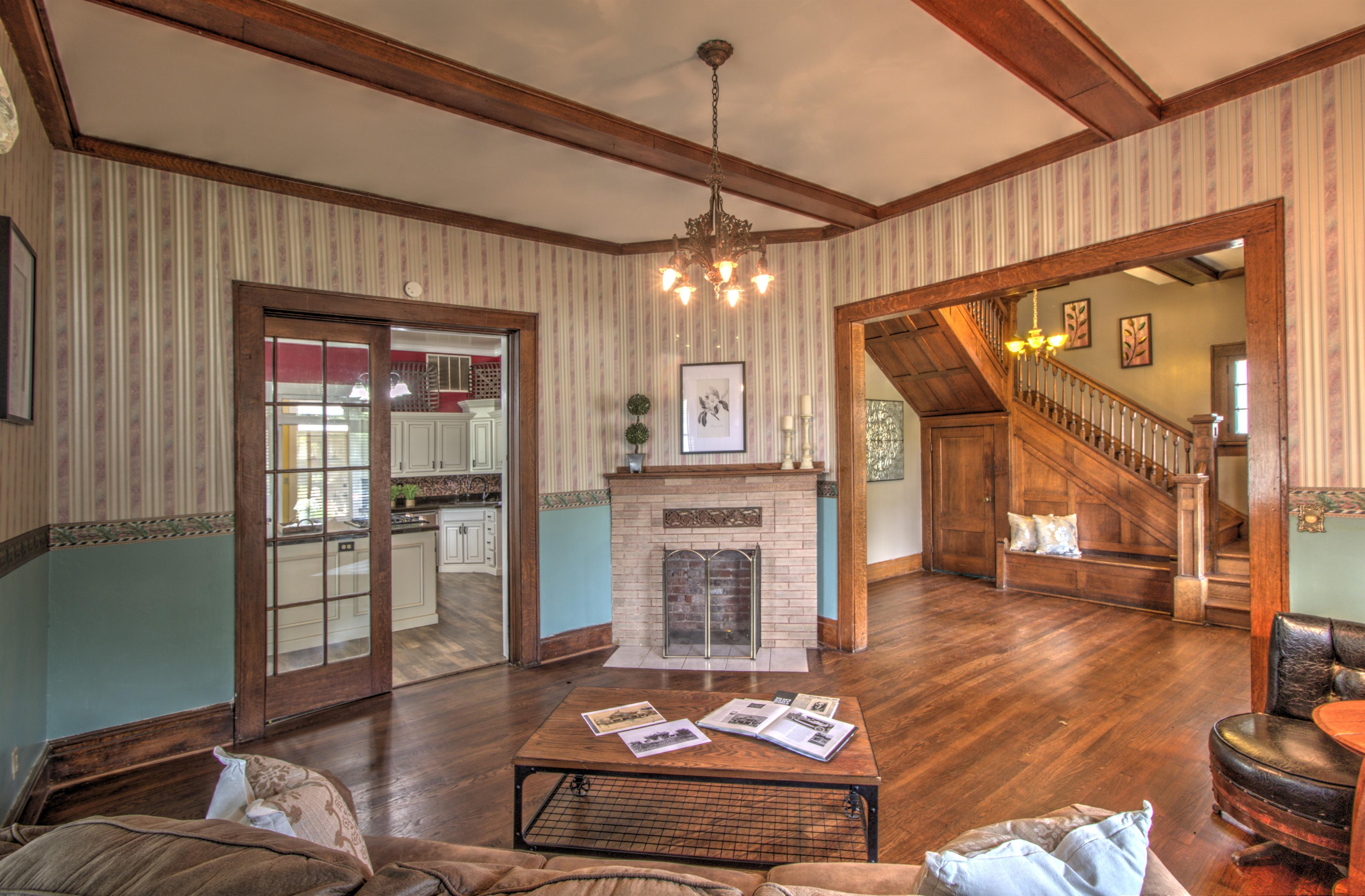 104 N Victor Avenue Property Photo 14