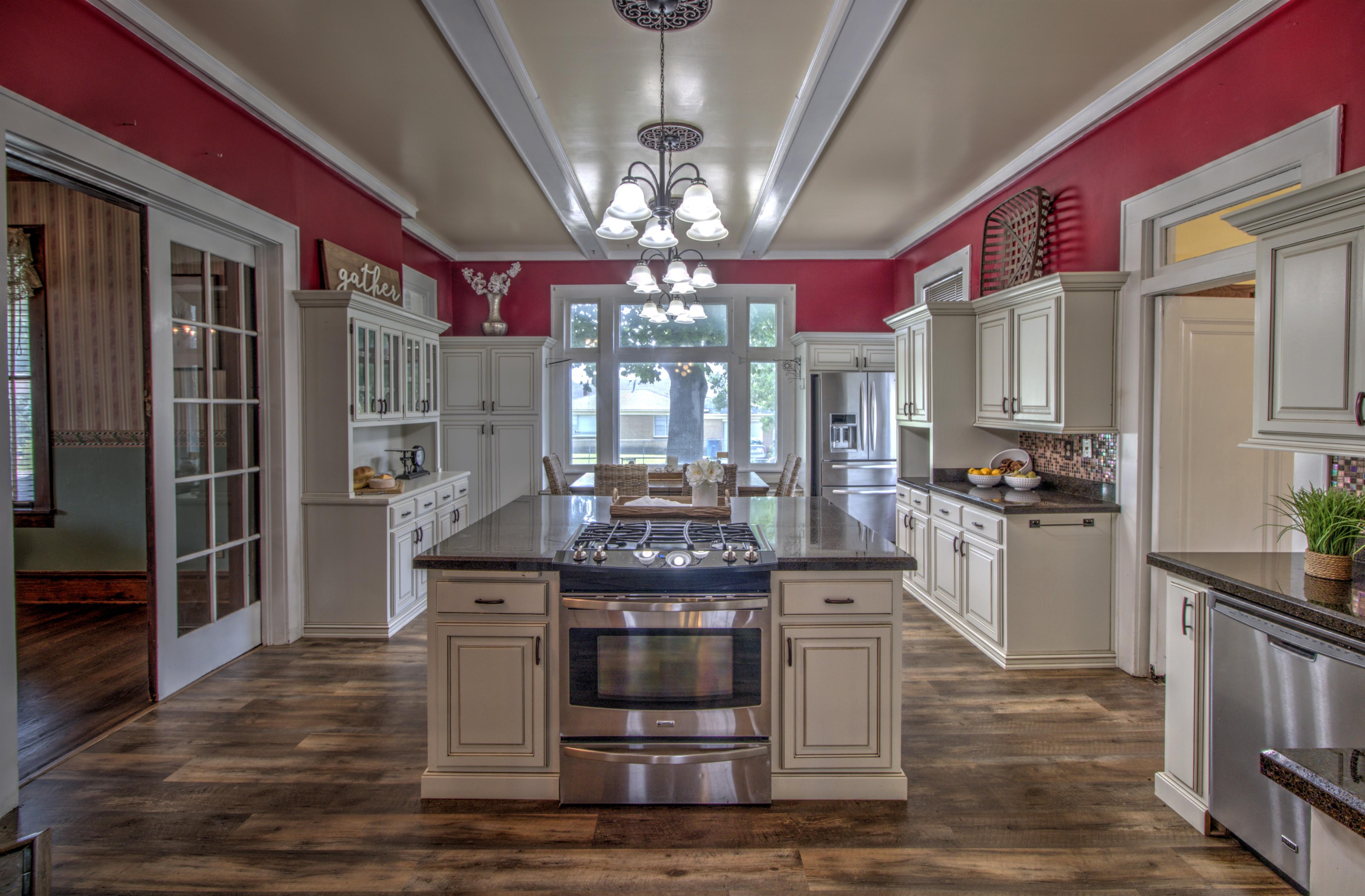 104 N Victor Avenue Property Photo 19