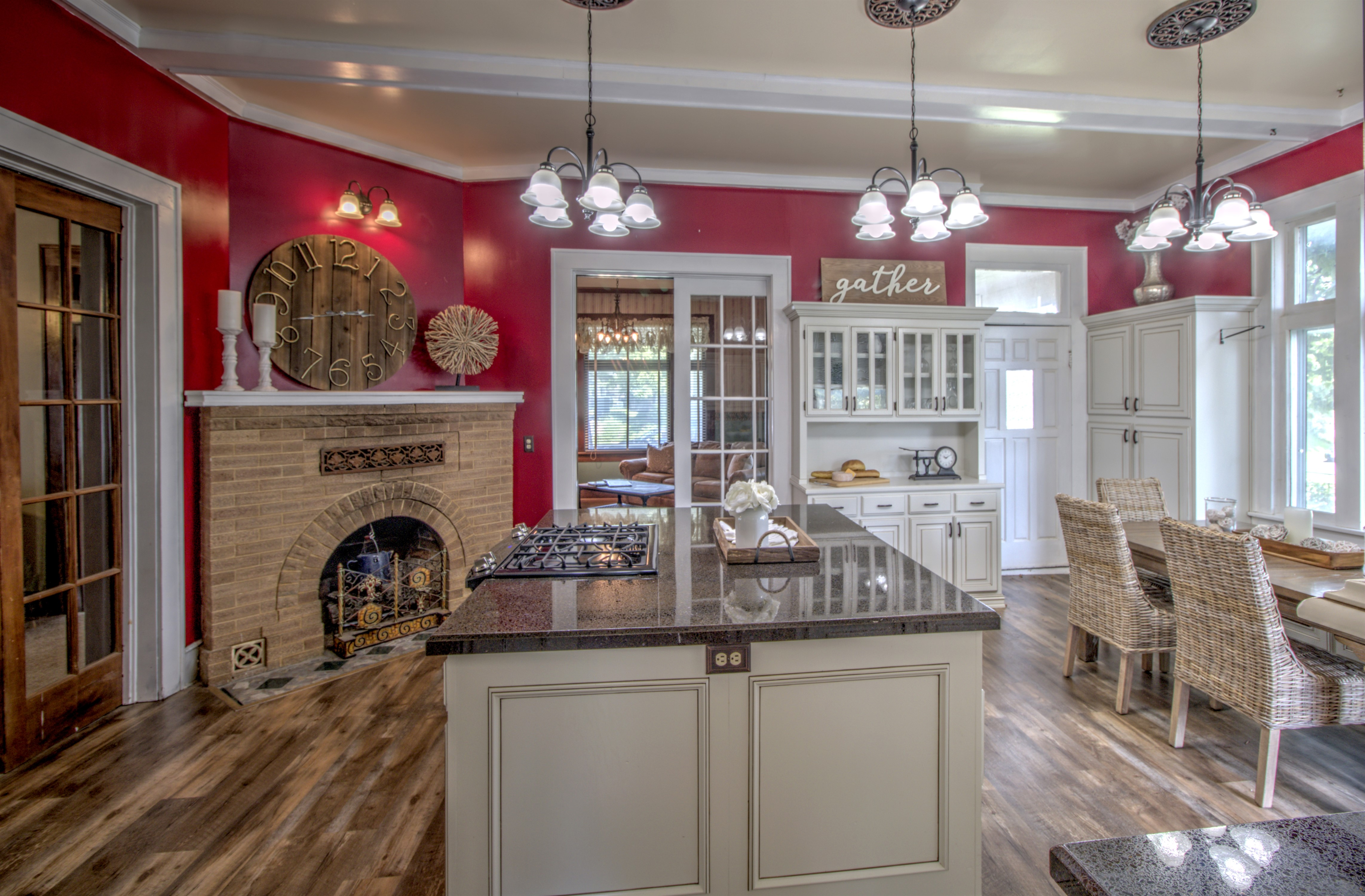 104 N Victor Avenue Property Photo 23
