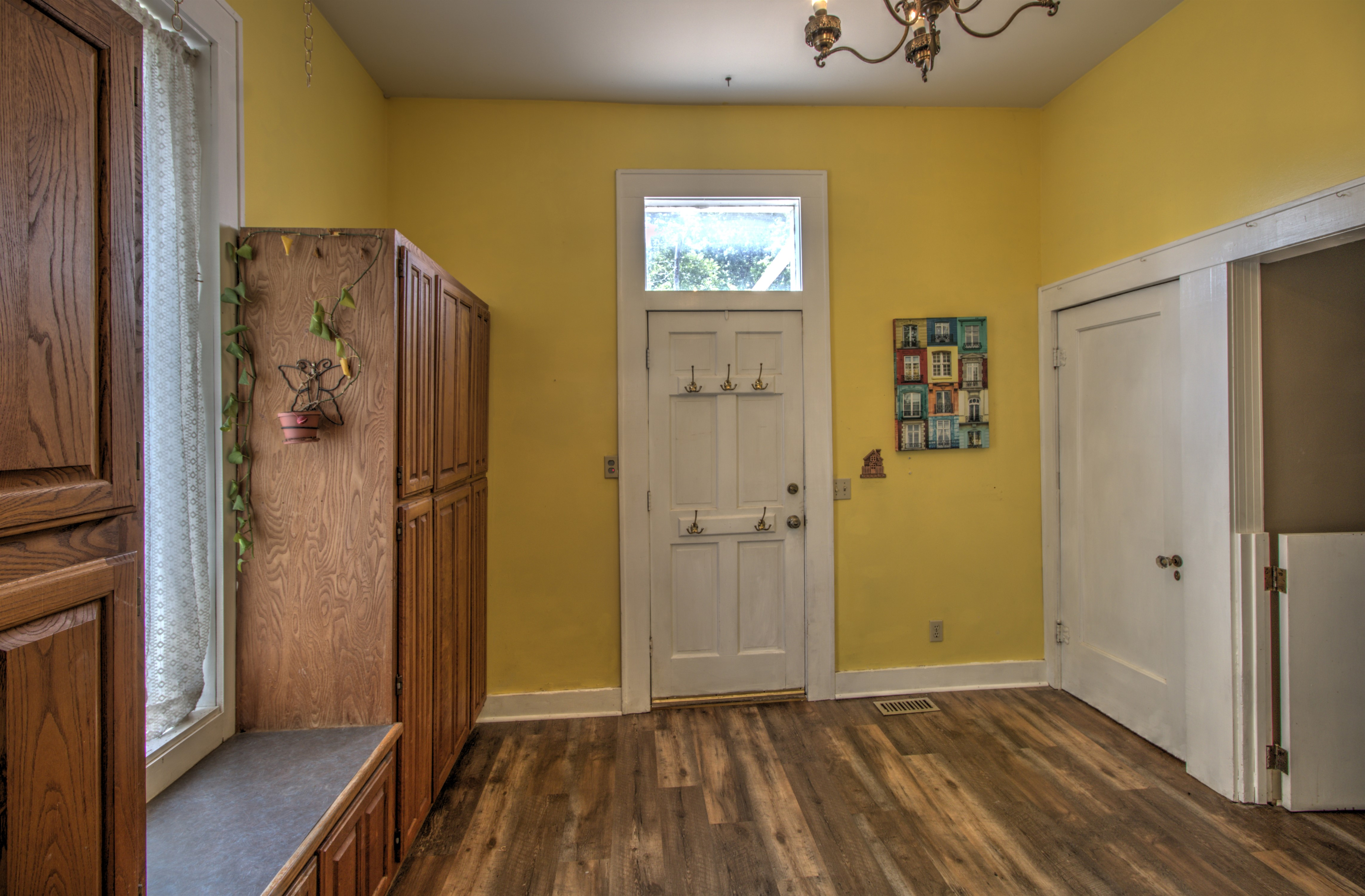 104 N Victor Avenue Property Photo 24