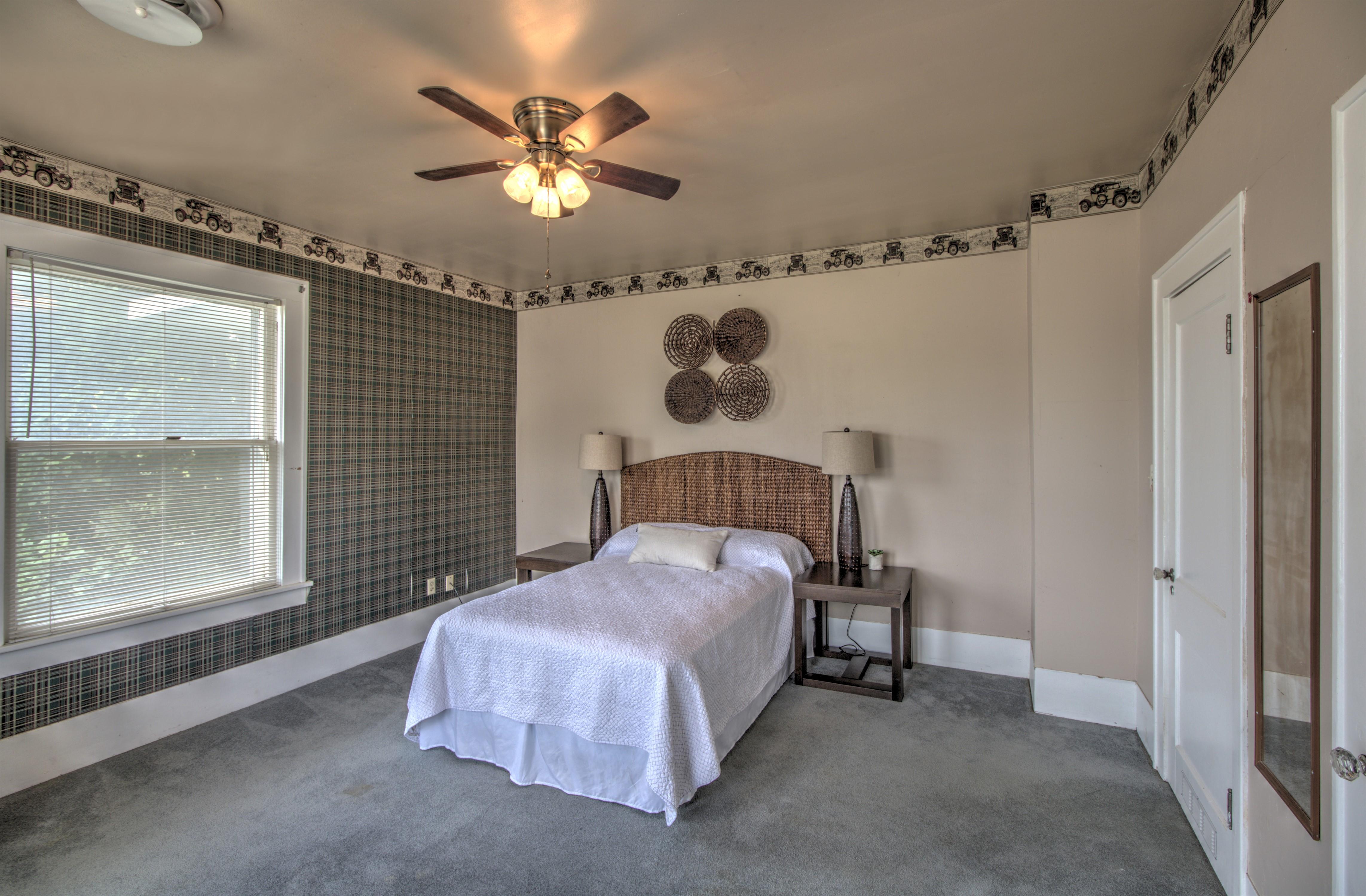 104 N Victor Avenue Property Photo 29
