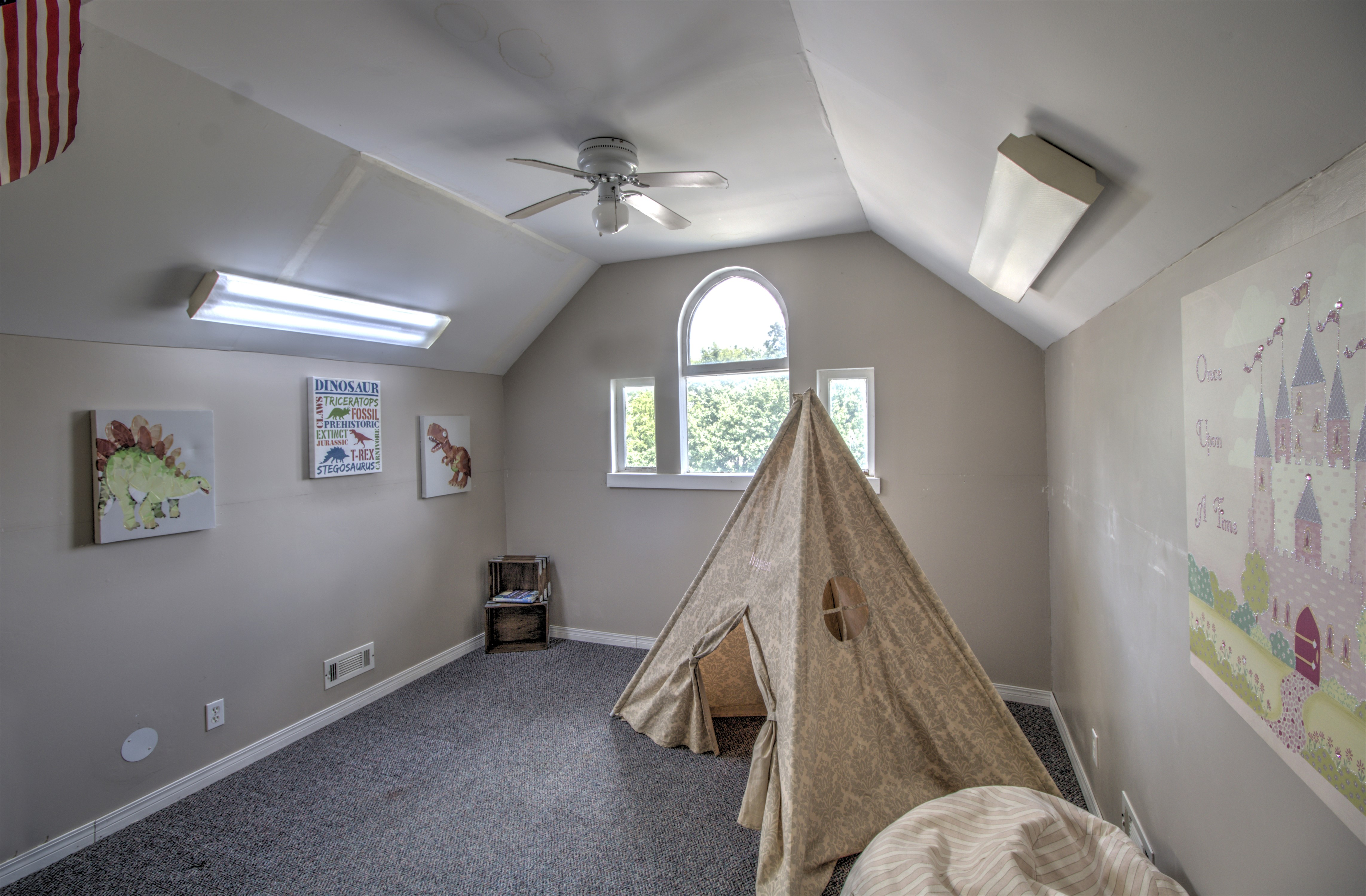 104 N Victor Avenue Property Photo 35