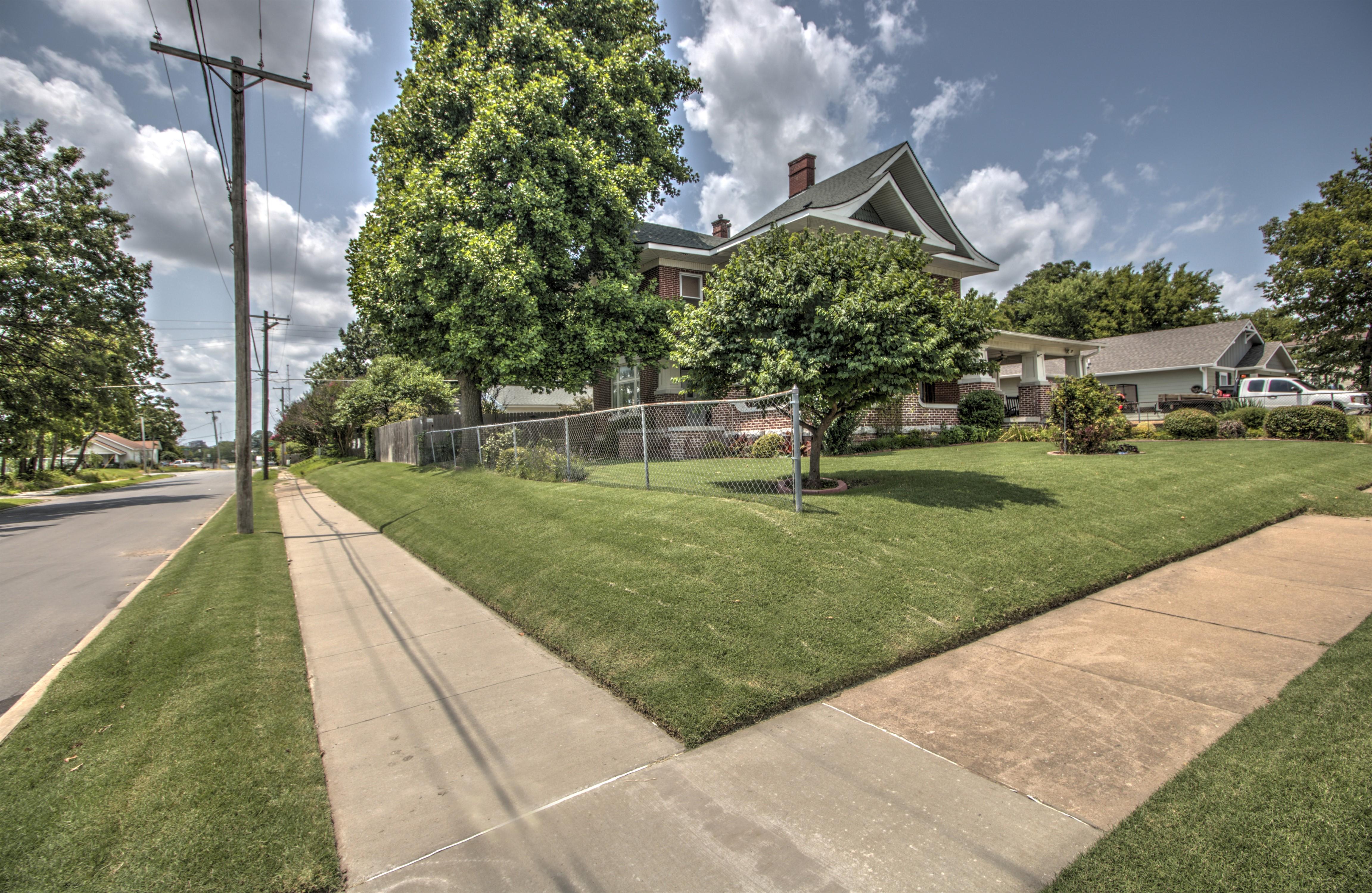 104 N Victor Avenue Property Photo 44
