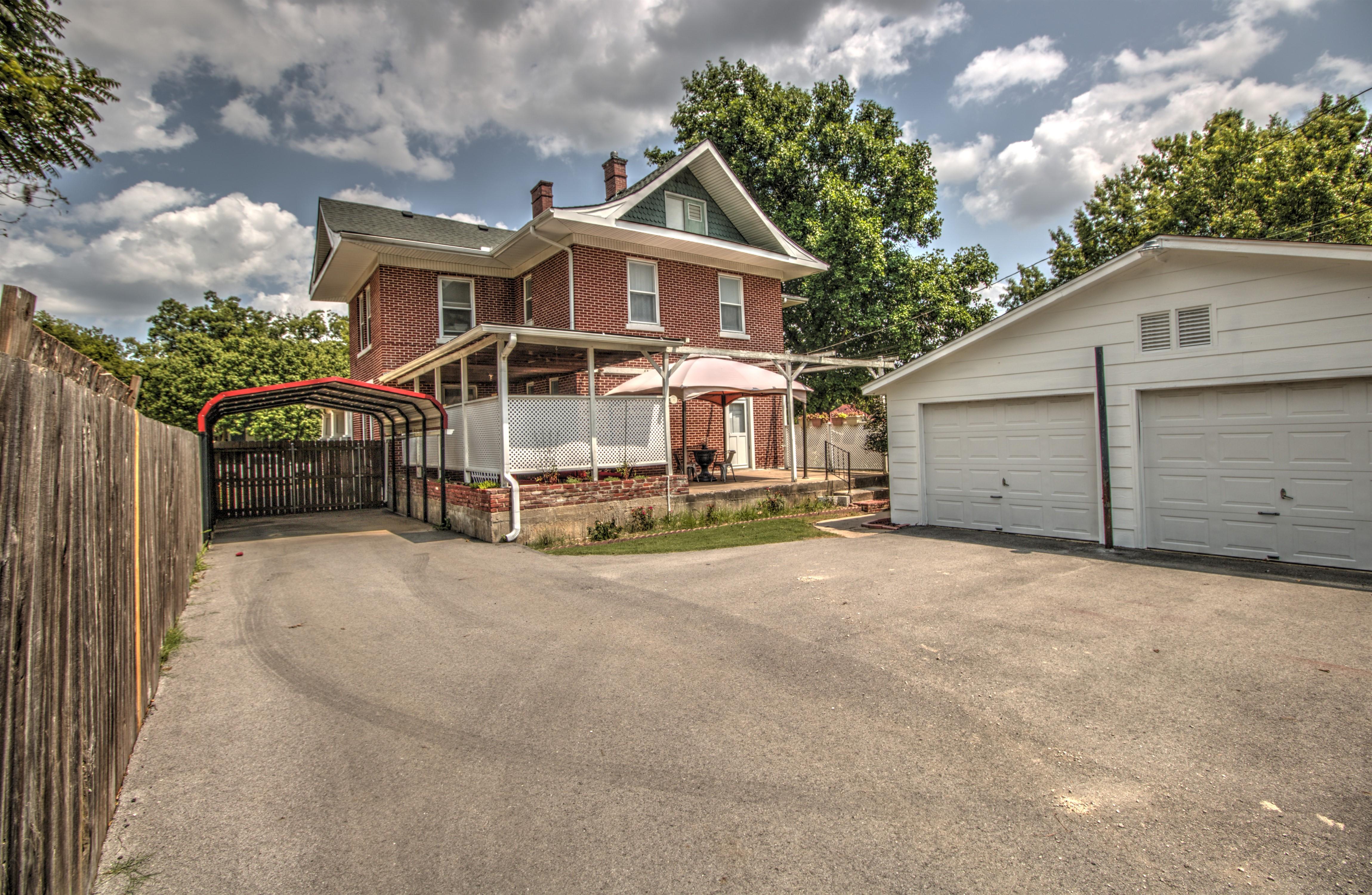 104 N Victor Avenue Property Photo 37