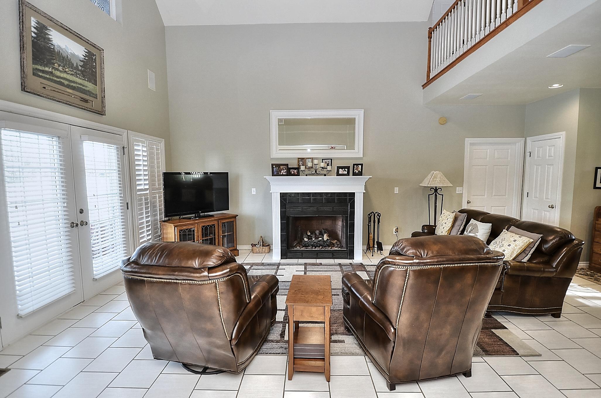 12134 N 70th East Avenue Property Photo 18