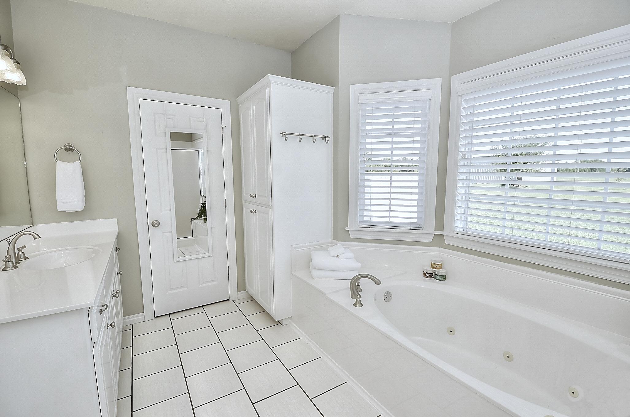 12134 N 70th East Avenue Property Photo 29